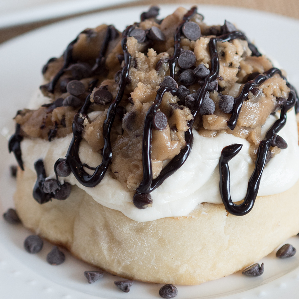 Cinnaholic - NOW OPEN image 1