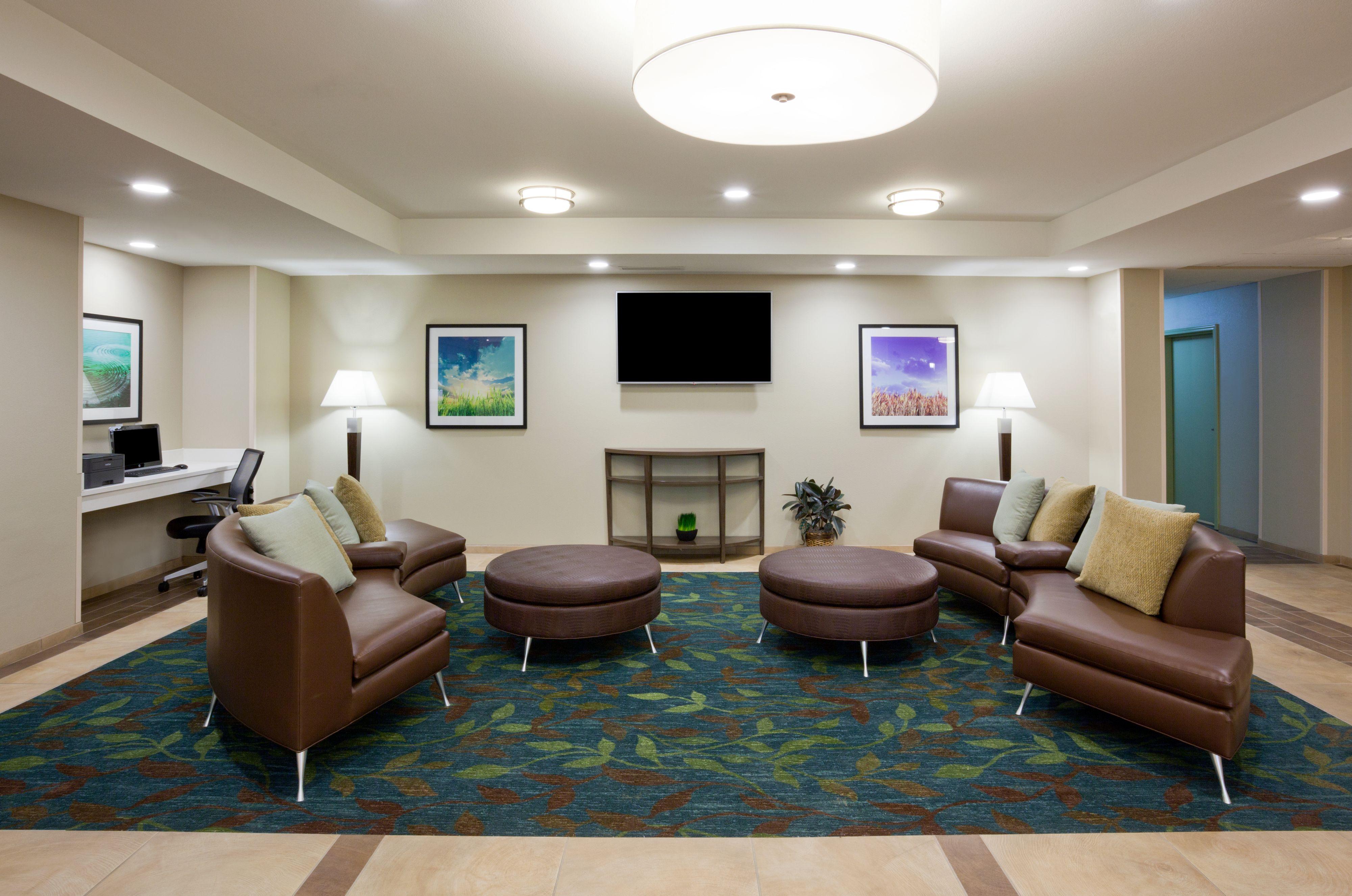 Candlewood Suites Longmont image 4