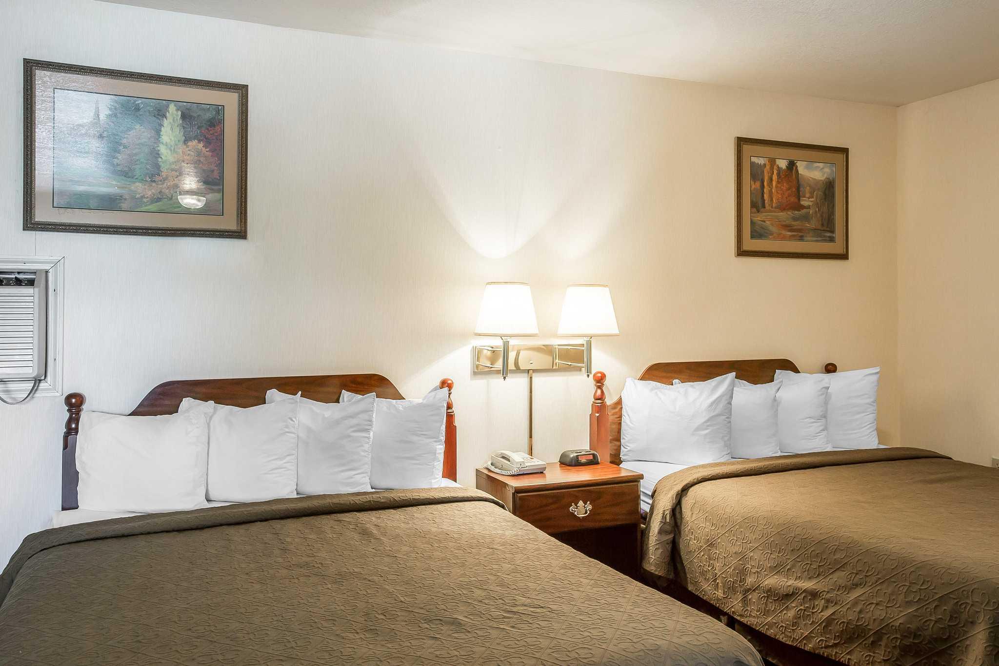 Quality Inn & Suites Mt. Chalet image 24