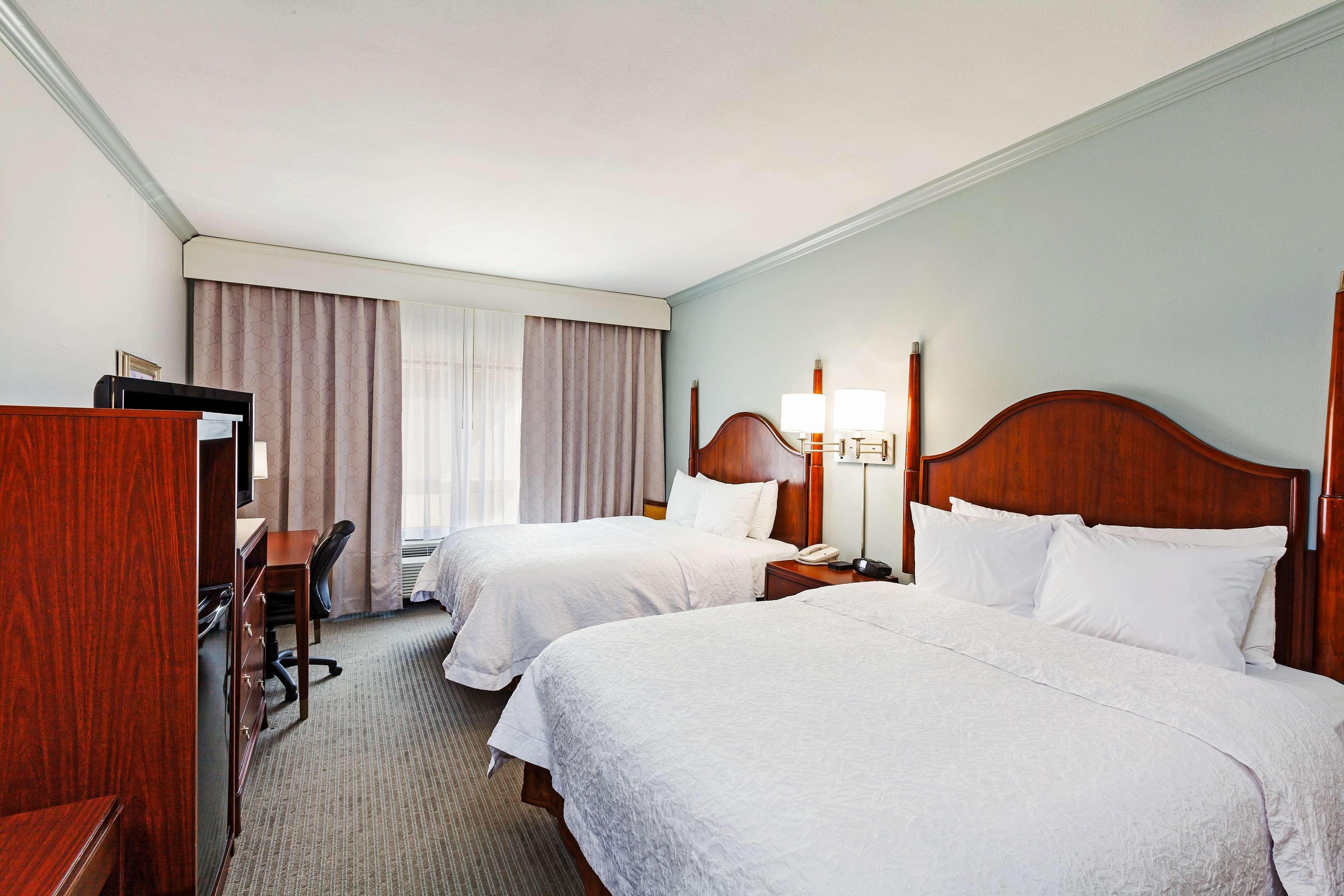 Hampton Inn & Suites Houston-Westchase image 22