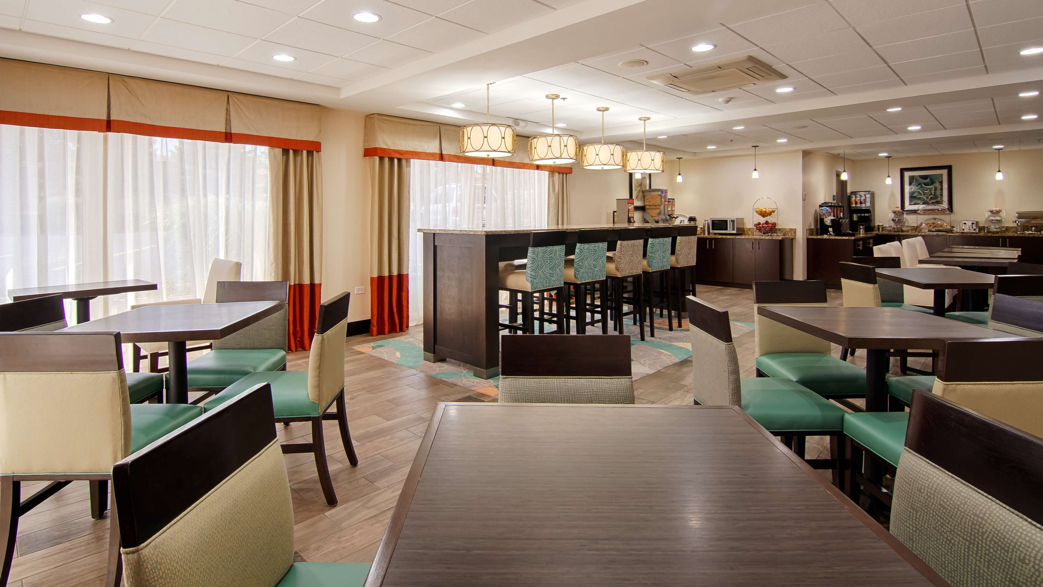 Best Western Plus Chicagoland - Countryside image 17