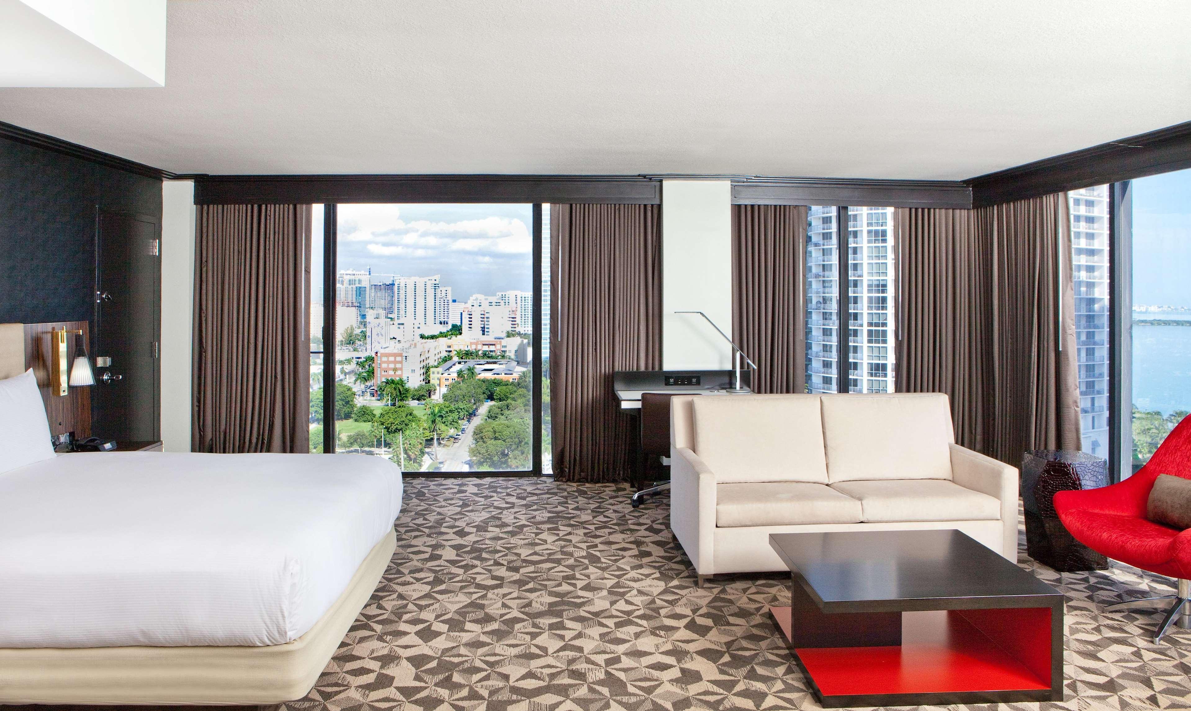 Hilton Miami Downtown image 40