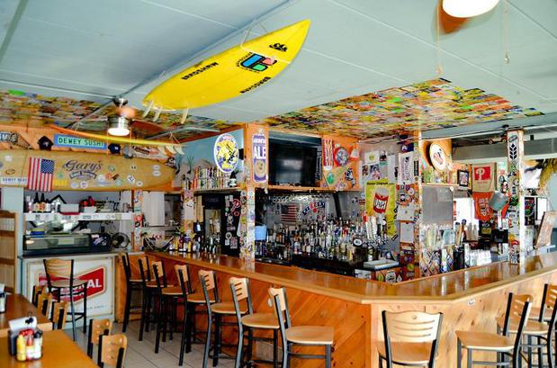 Gary's Dewey Beach Grill / 38° -75° Brewing - A beachy and eclectic dining experience with healthy options for the entire family. We're a family-friendly establishment with a wide assortment of options for the entire family.