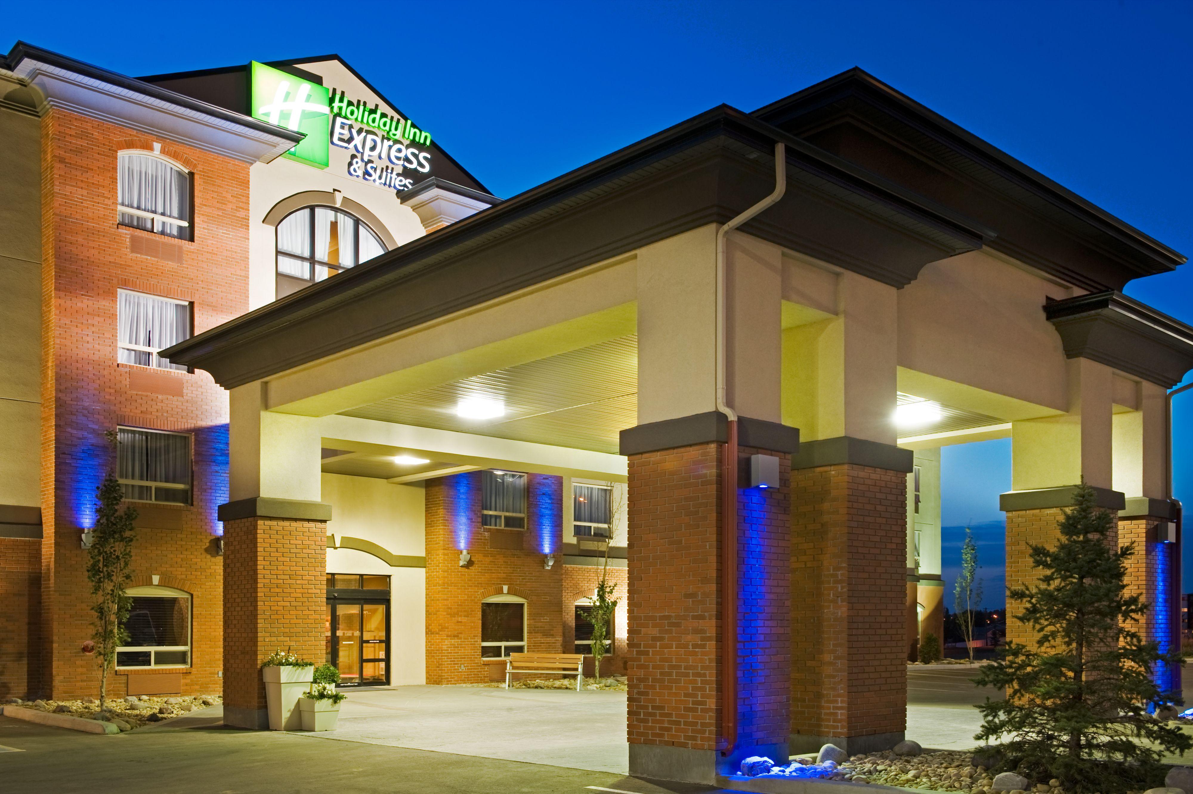 Holiday Inn Express & Suites Douglas image 5