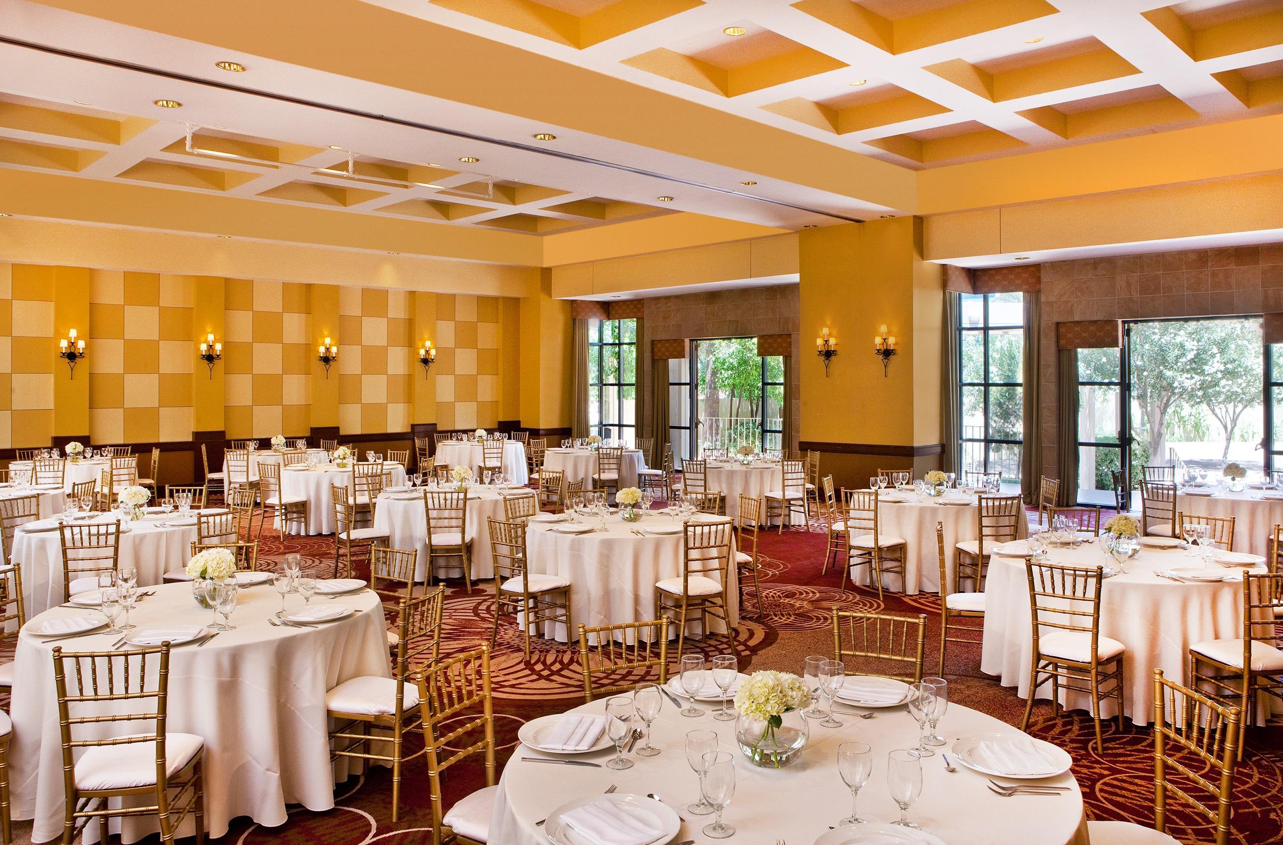 Sheraton Crescent Hotel image 22