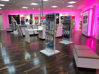 T Mobile Store At 3251 20th Ave 142 San Francisco Ca T Mobile