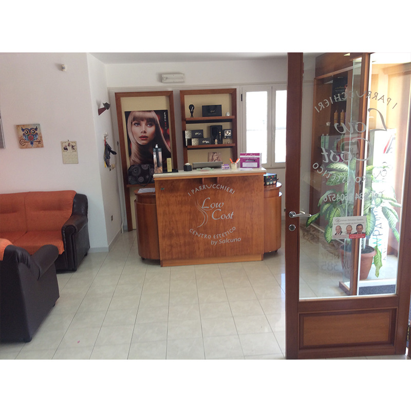 Parrucchieri low cost for Arredamento parrucchieri low cost