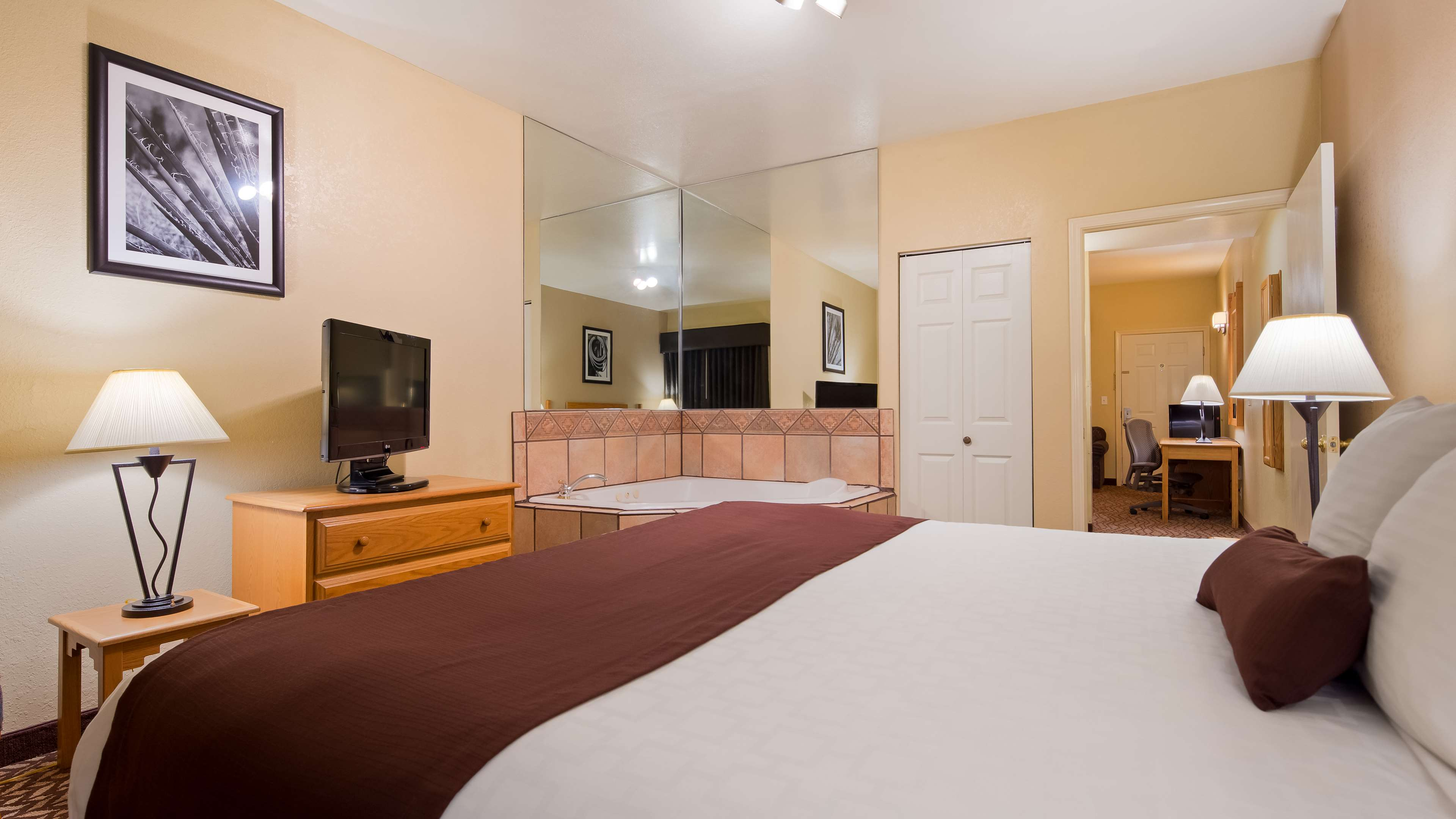 Best Western Turquoise Inn & Suites image 18