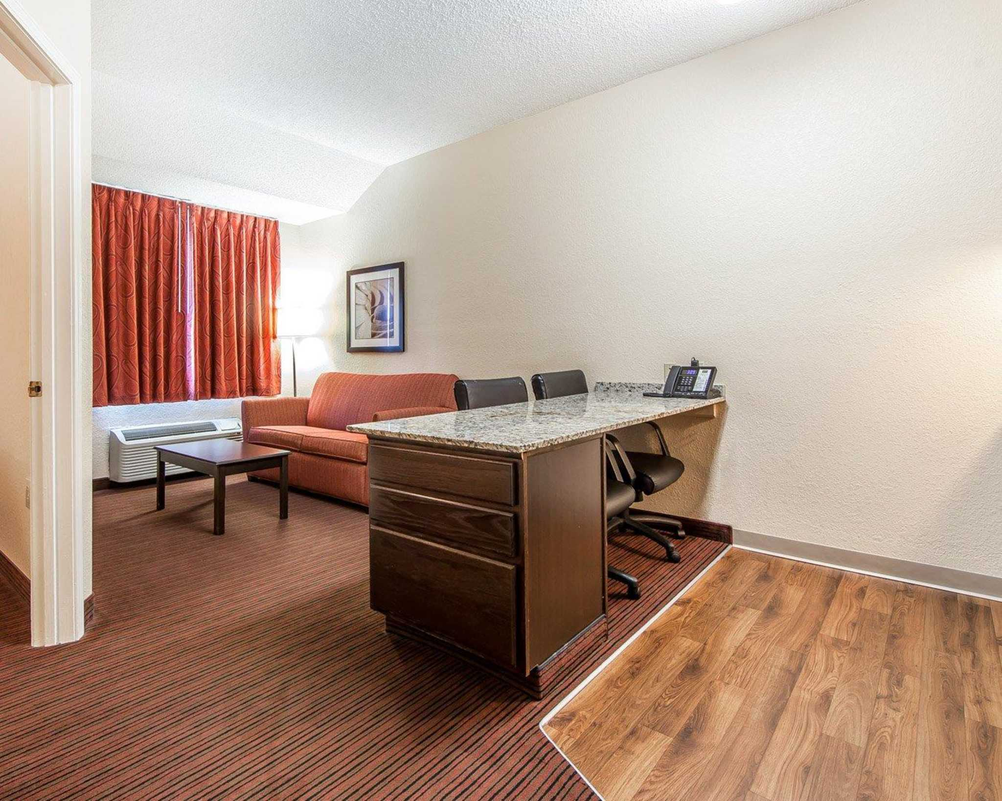 MainStay Suites Knoxville Airport image 14
