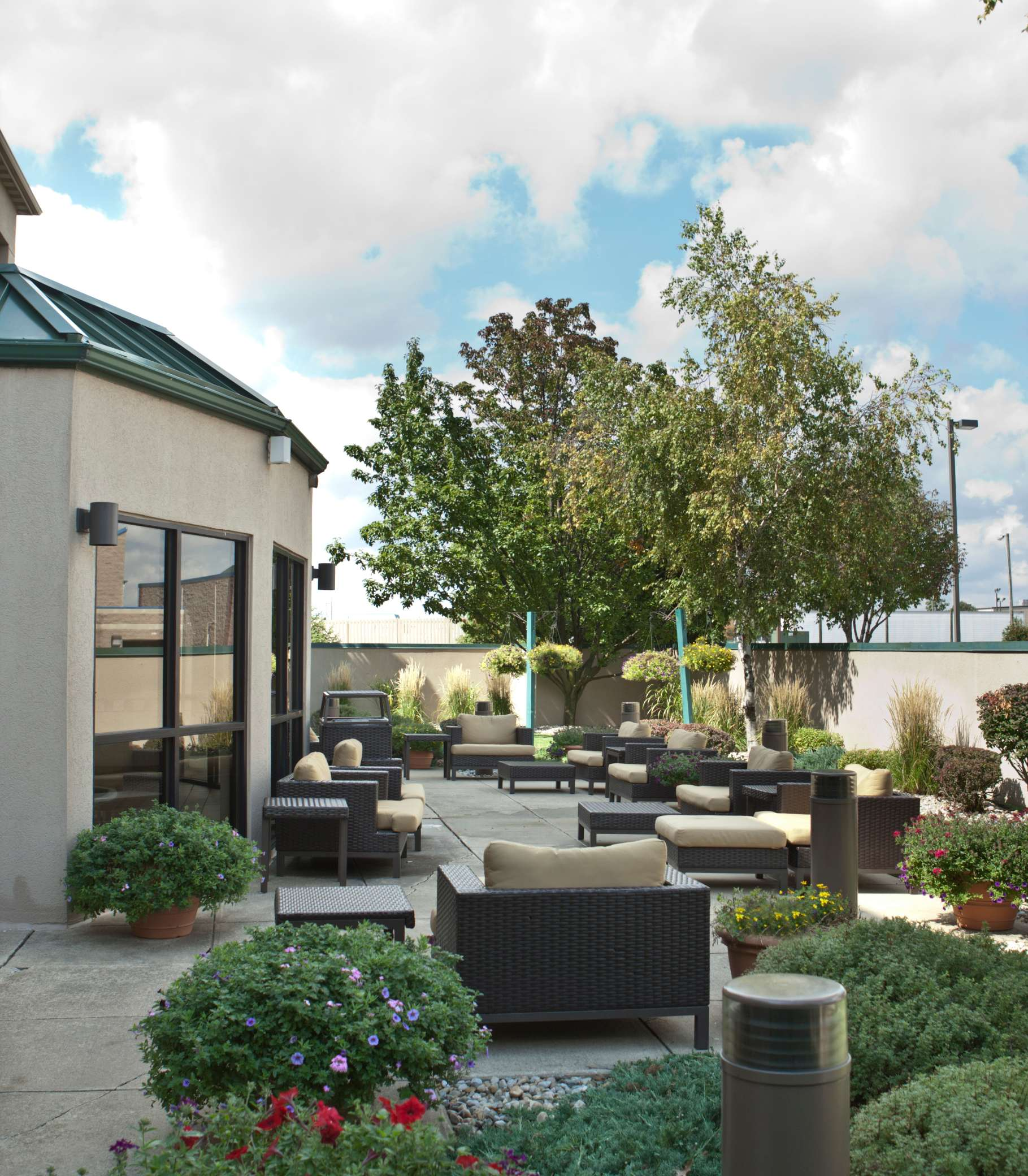 Courtyard by Marriott Champaign image 10