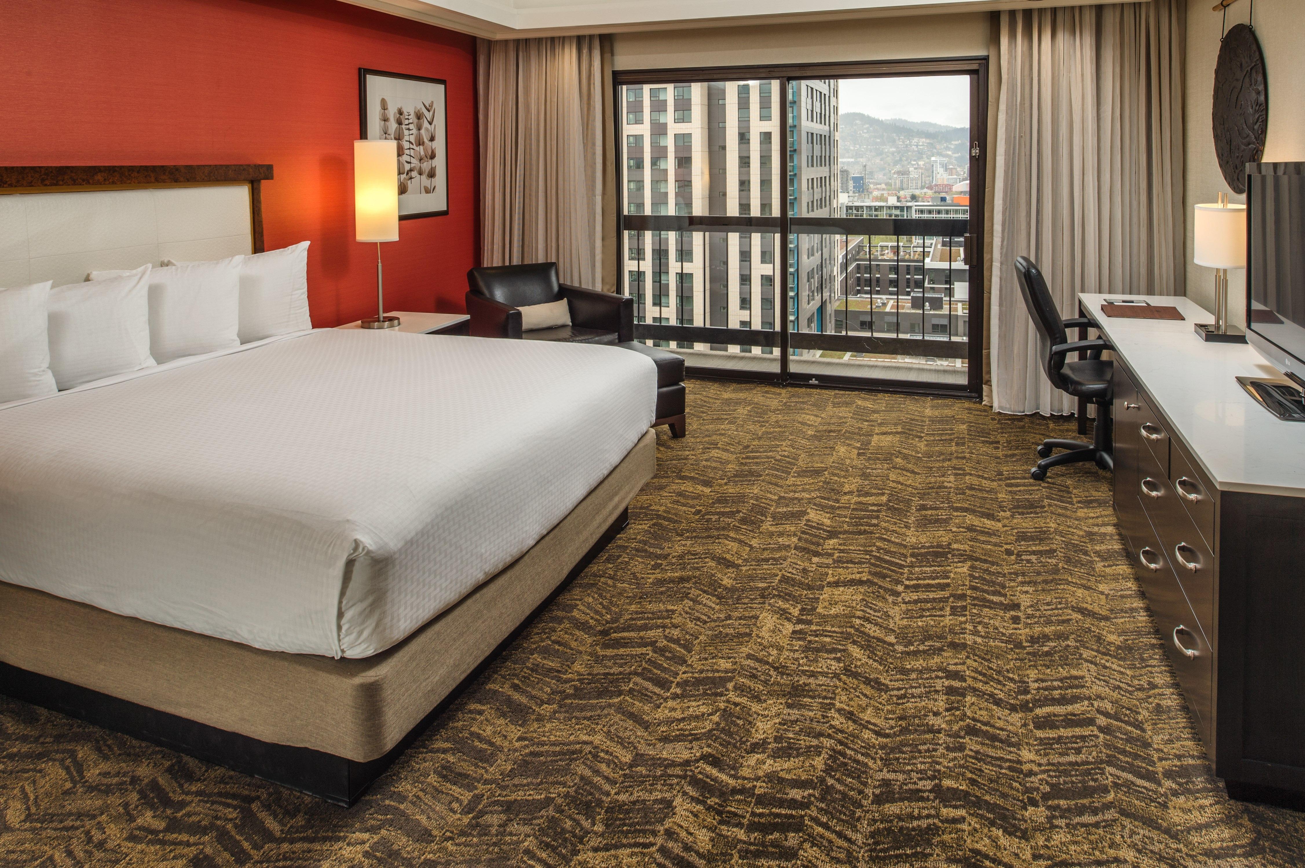 DoubleTree by Hilton Hotel Portland image 2