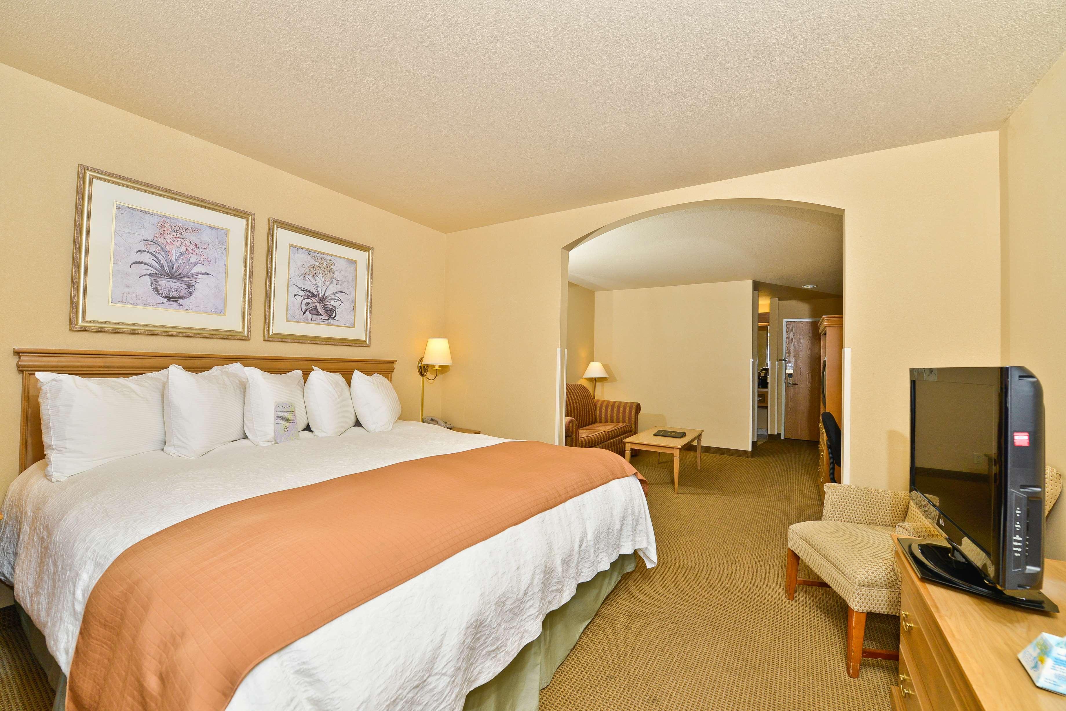 Best Western Plus Caldwell Inn & Suites image 23