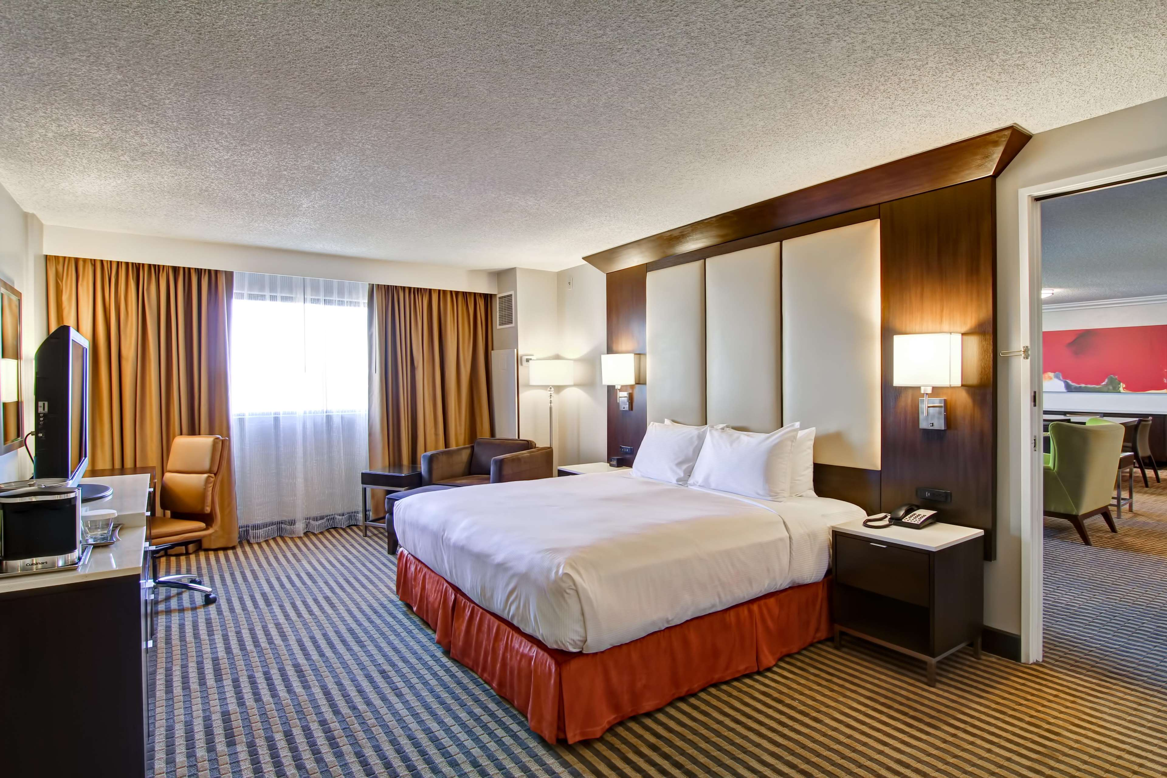 DoubleTree by Hilton Hotel Pleasanton at the Club image 32