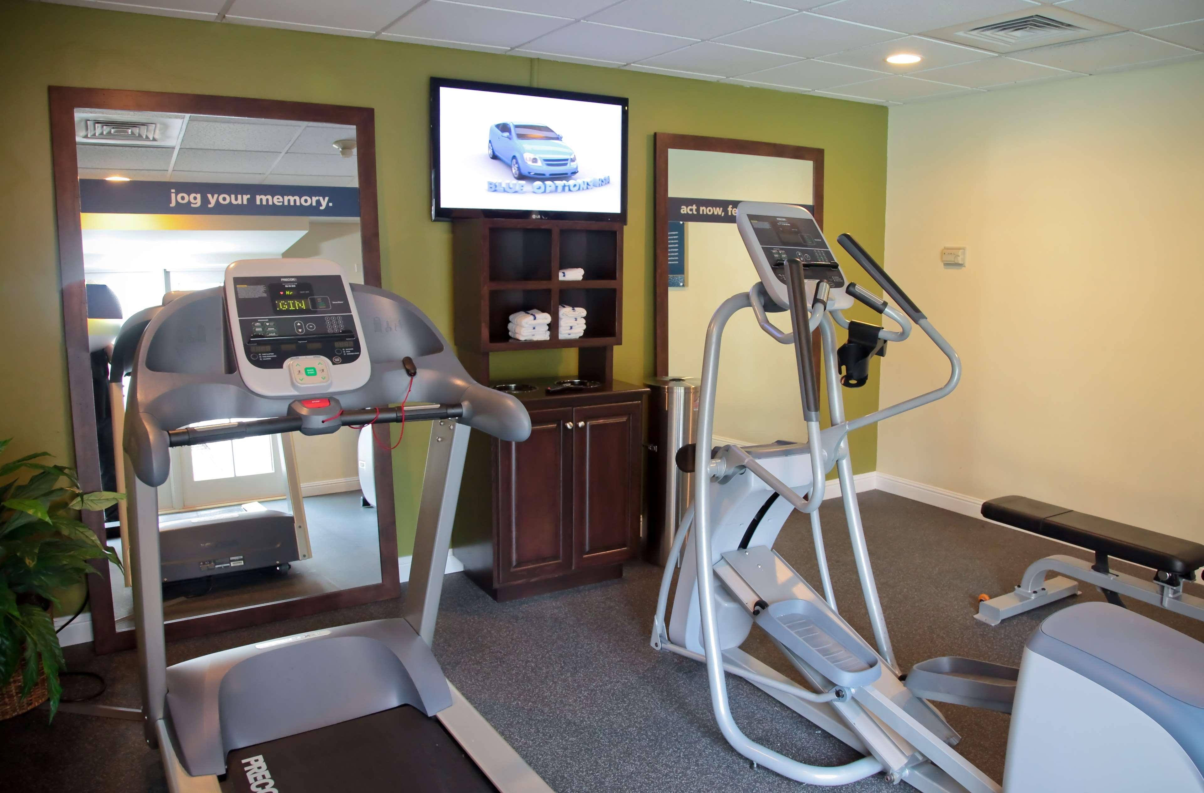 Hampton Inn & Suites Charlotte/South Park at Phillips Place image 14