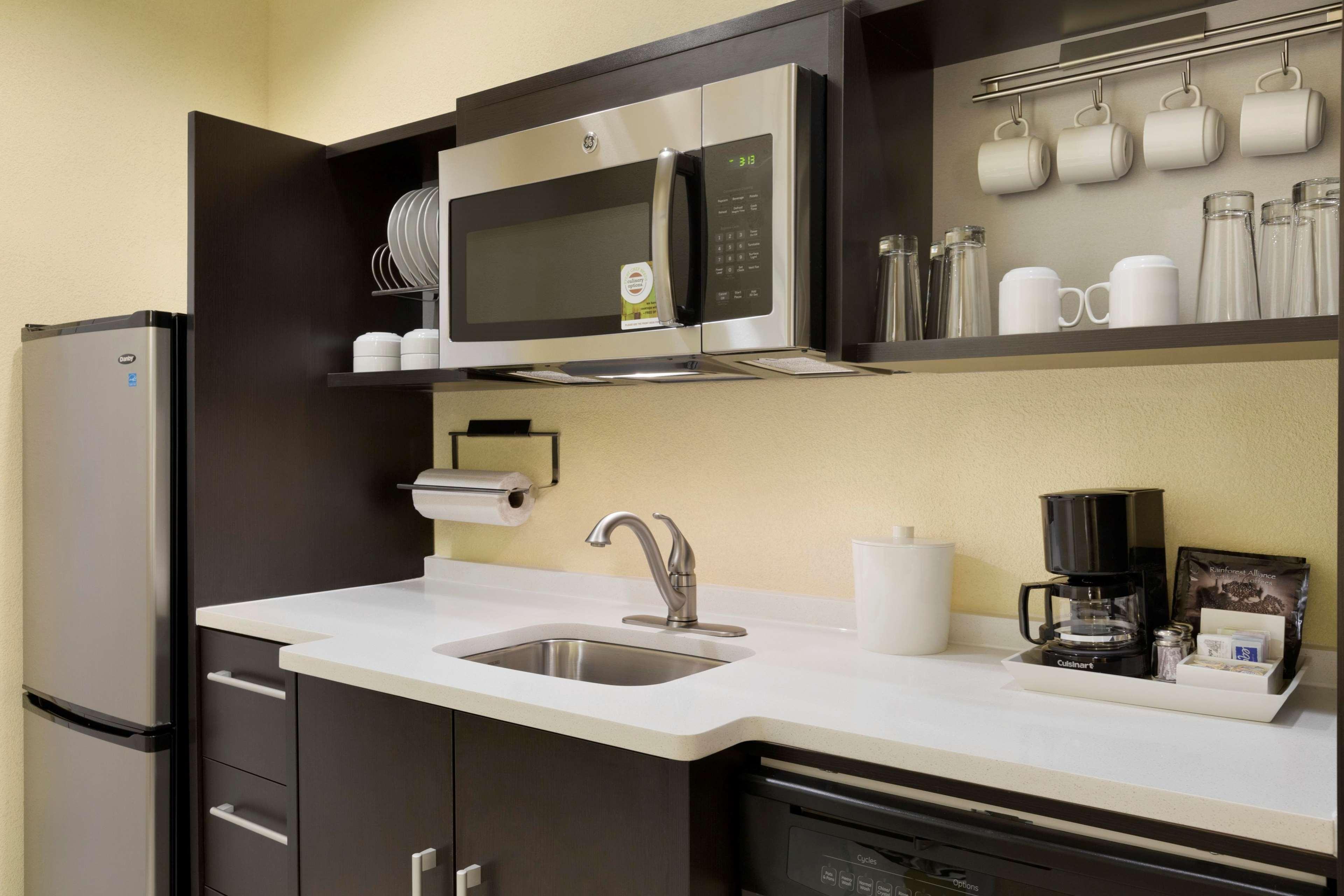 Home2 Suites by Hilton Houston Pasadena image 10