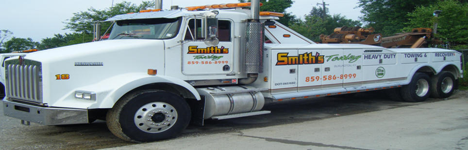 Smith's Towing image 3