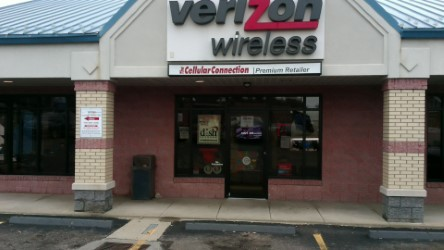 Verizon Authorized Retailer, TCC image 3