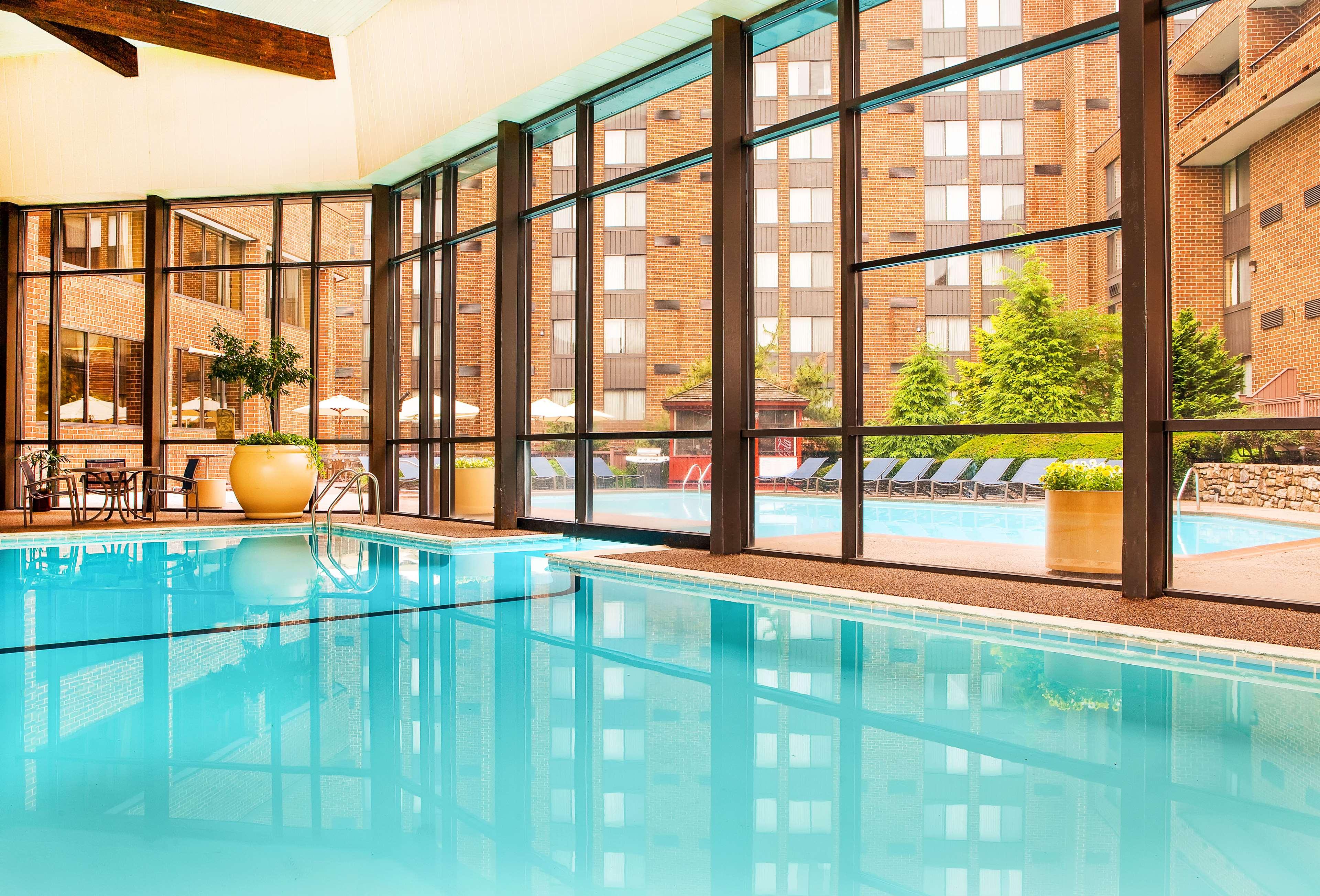 Sheraton Harrisburg Hershey Hotel image 2