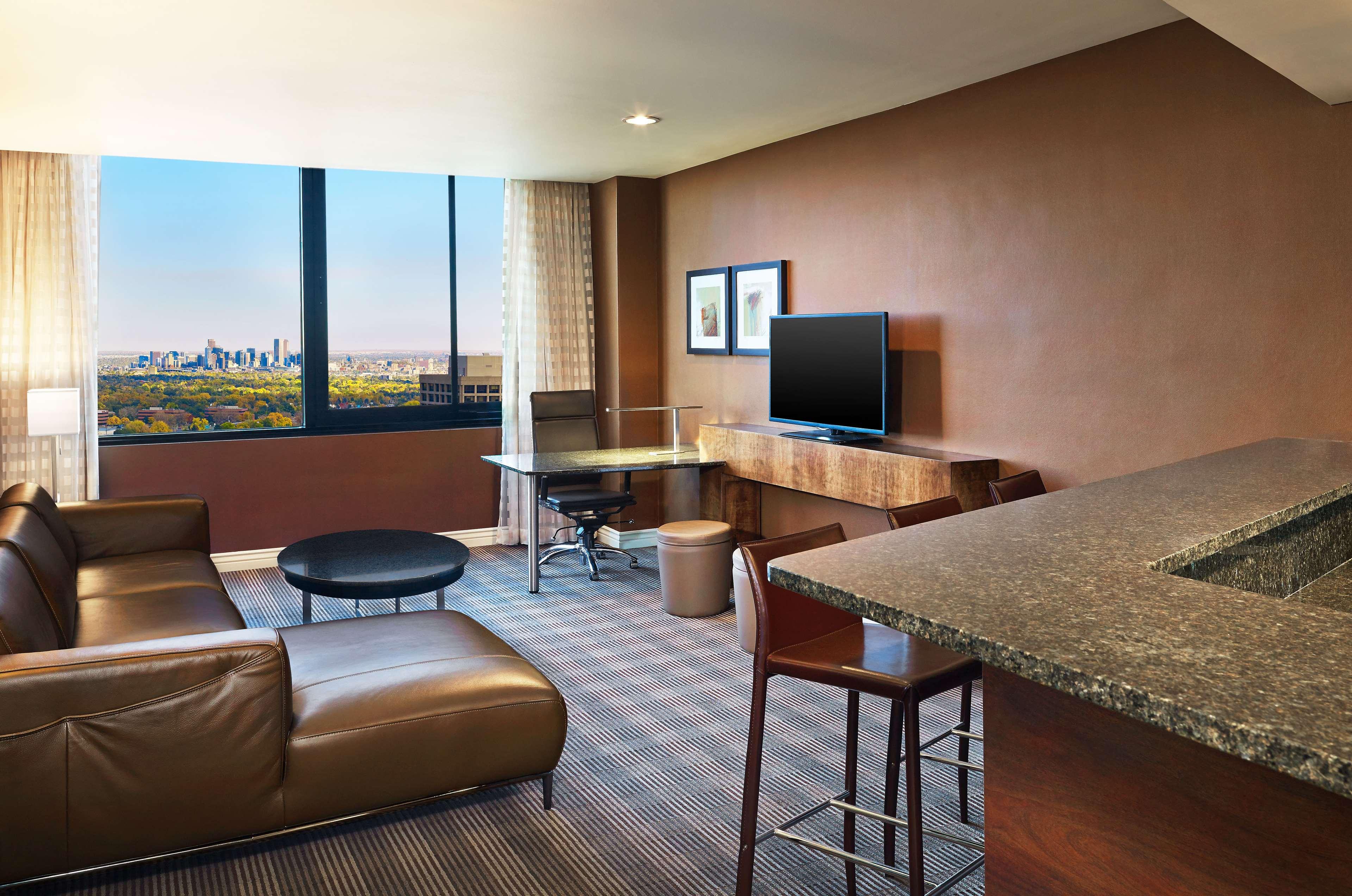 Sheraton Denver West Hotel image 4
