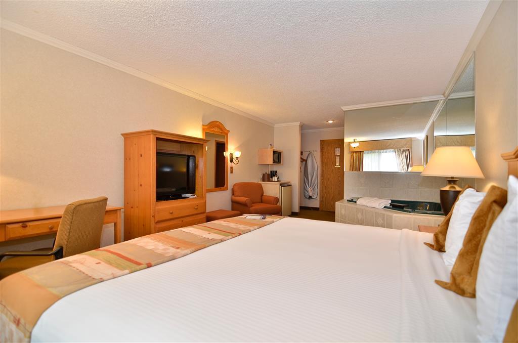 Best Western Inn & Suites image 11