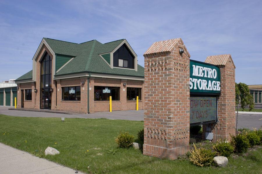 Metro Storage USA image 1