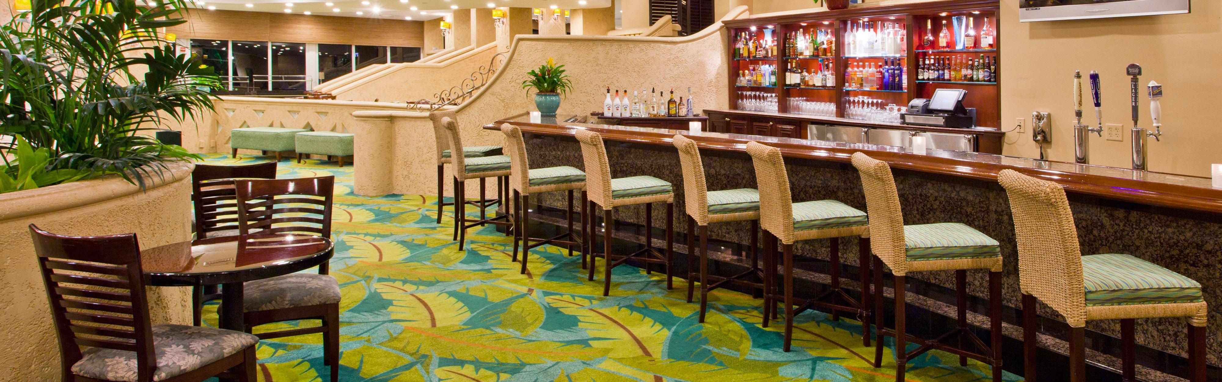 Holiday Inn Miami Beach-Oceanfront image 2