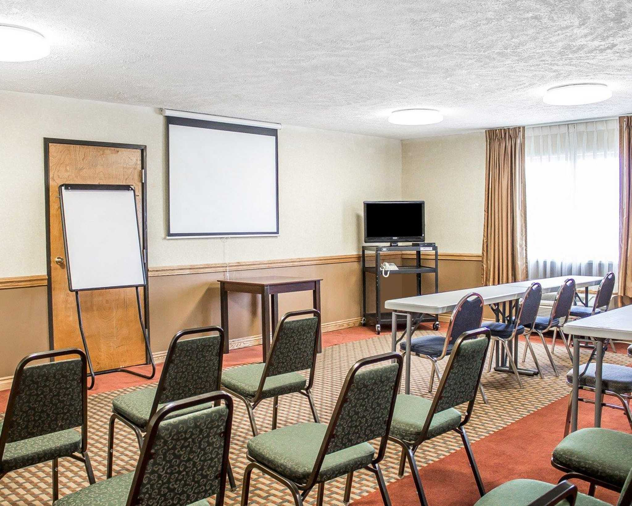 Quality Inn image 30