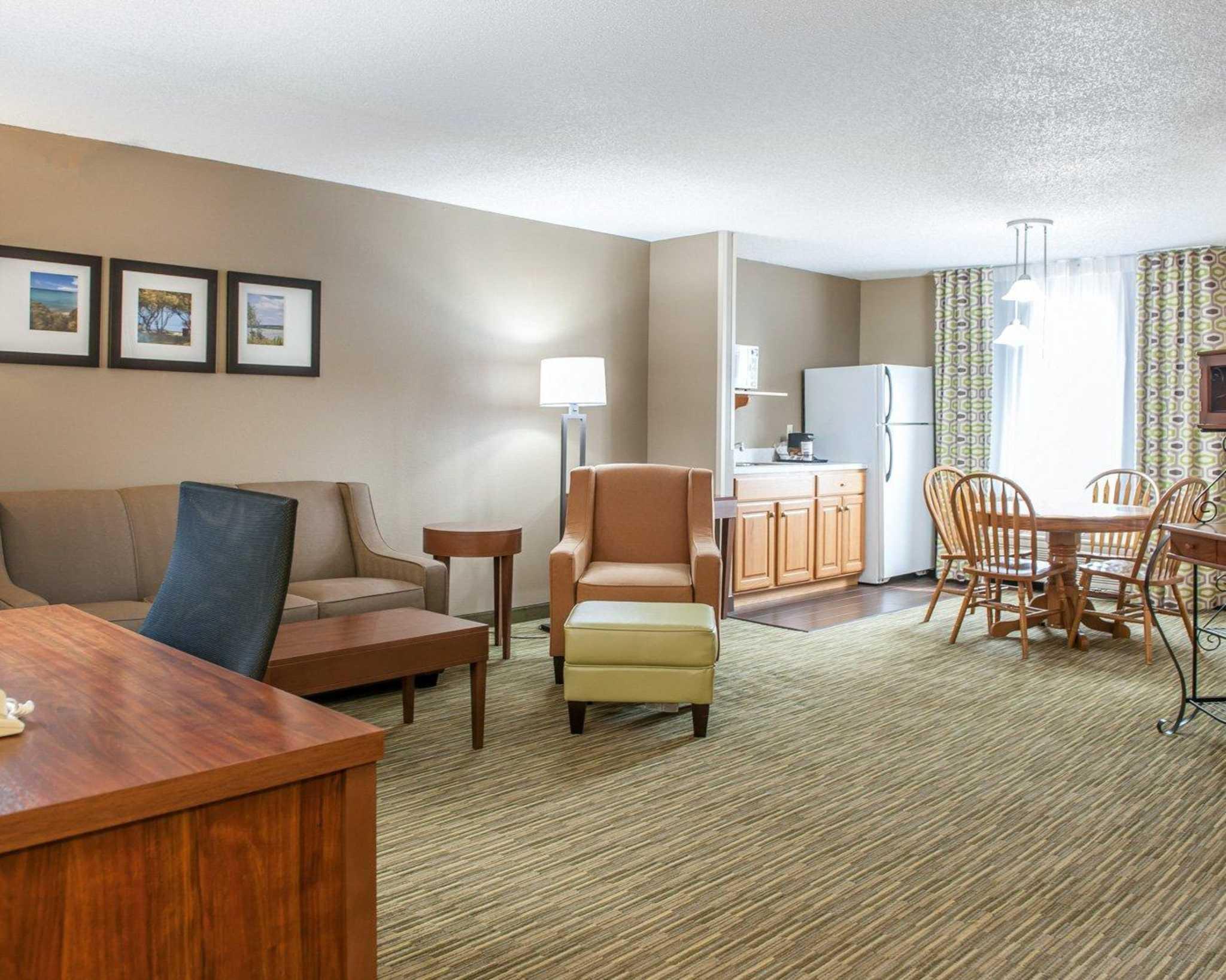 Comfort Suites North in Elkhart, IN, photo #41