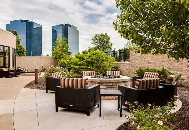 Courtyard by Marriott Chicago Schaumburg/Woodfield Mall image 3