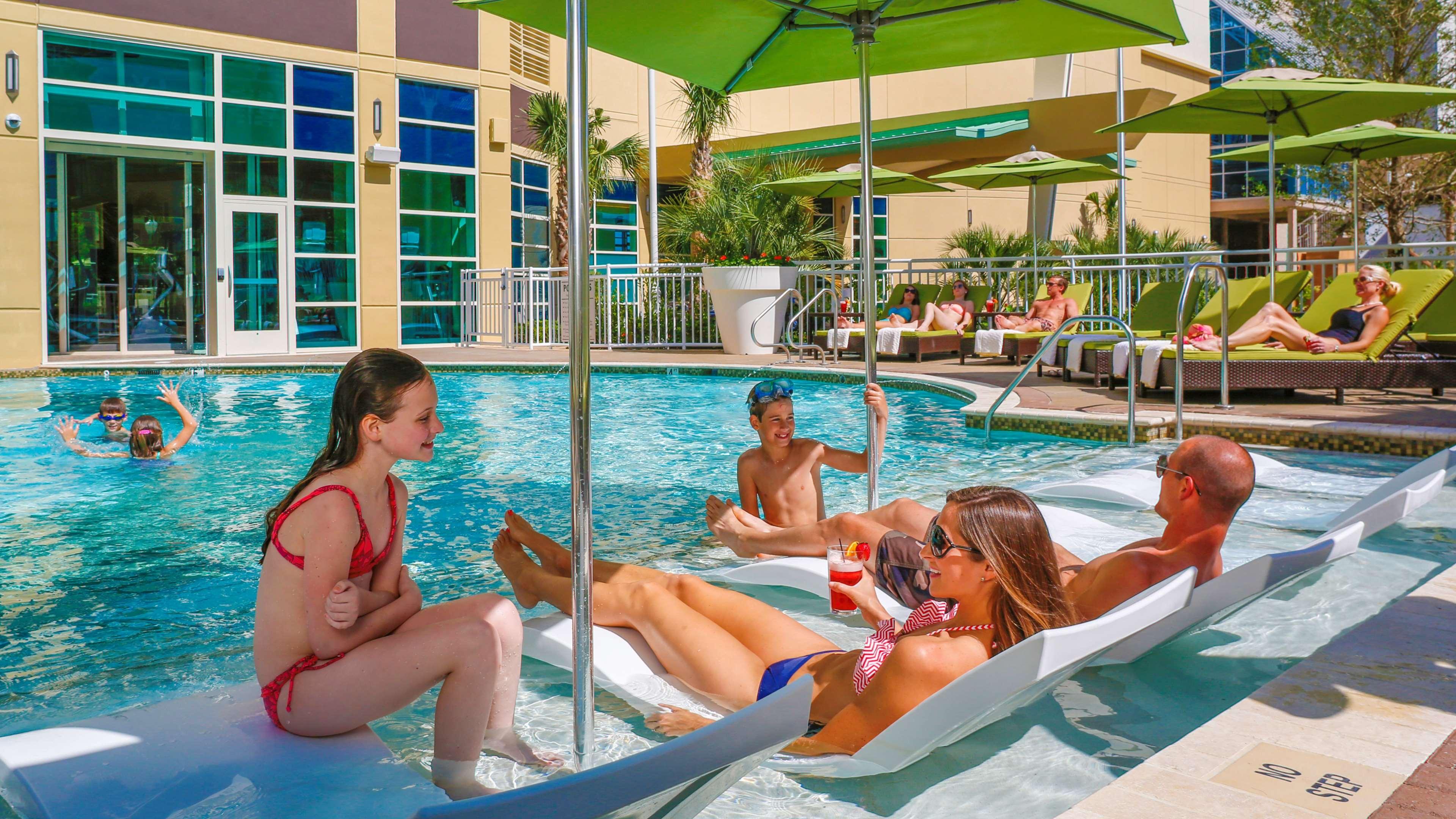 Hilton Garden Inn Virginia Beach Oceanfront image 10