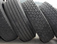 Bob's Tire Co image 1