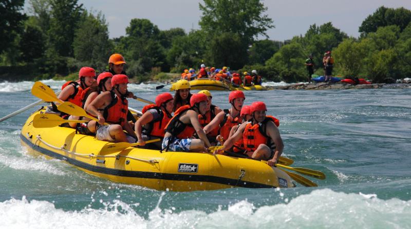 Les Excursions Rapides de Lachine à LaSalle: Raftin Big John Rapid