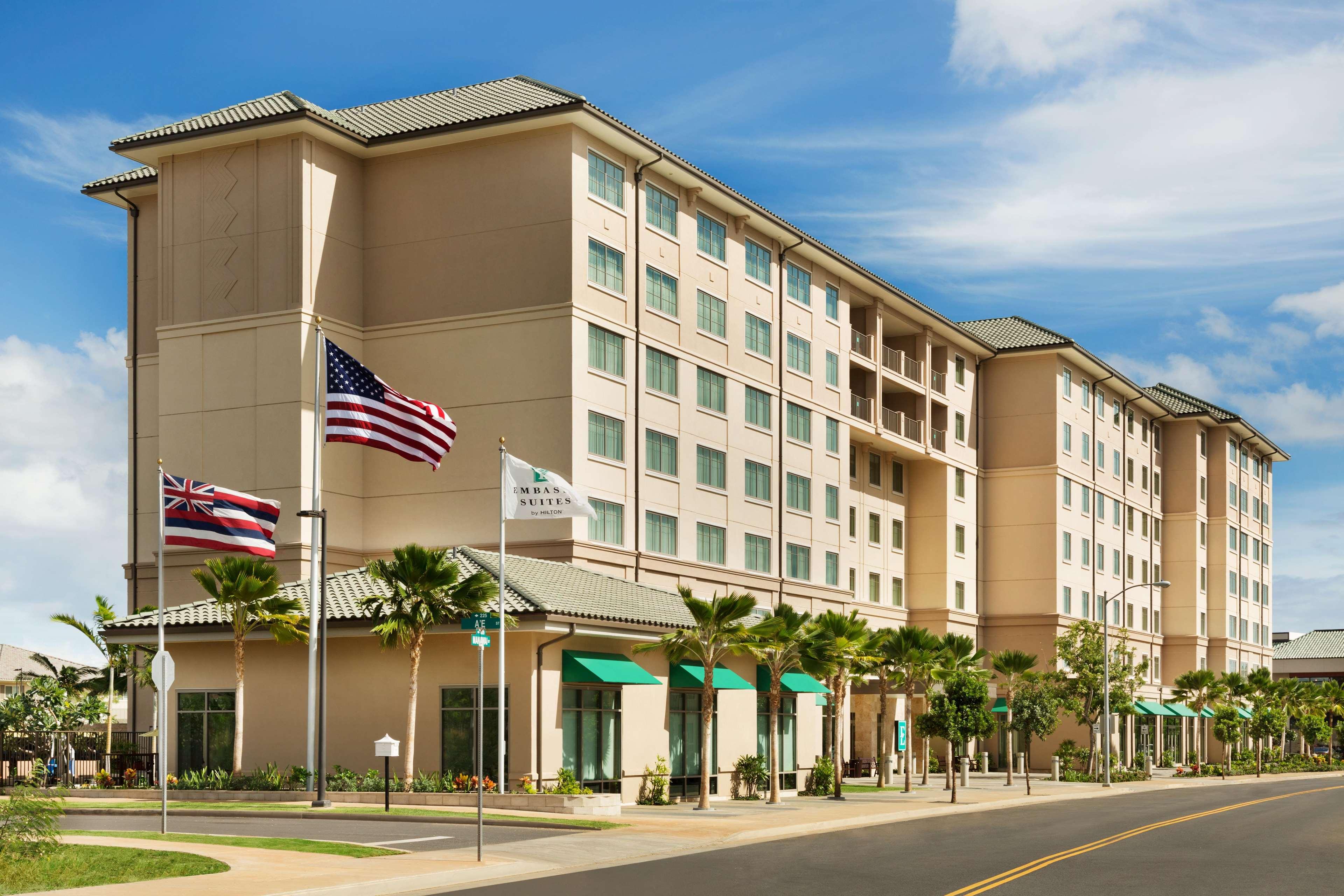 Embassy Suites by Hilton Oahu Kapolei image 3