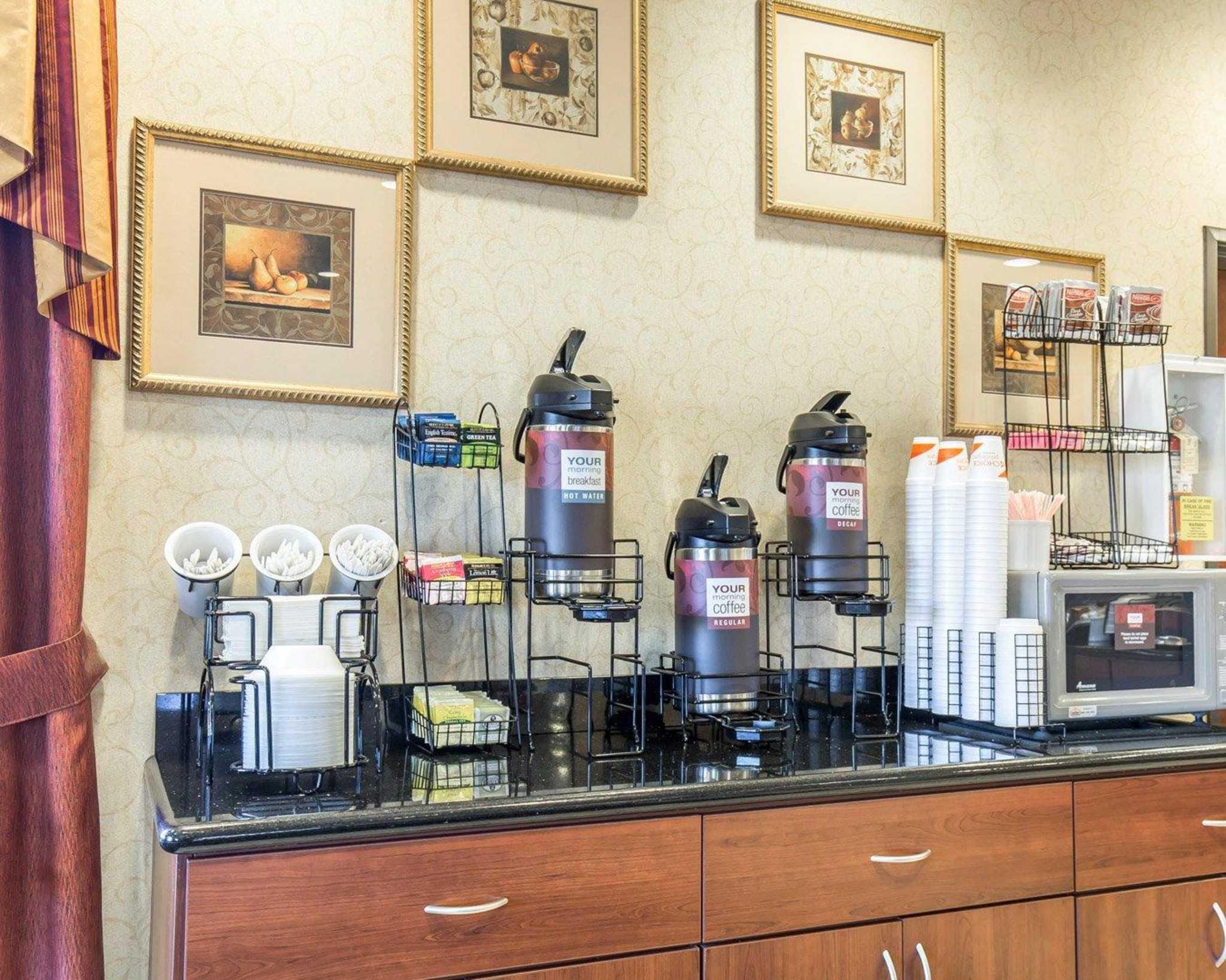Comfort Inn & Suites Las Vegas - Nellis image 22