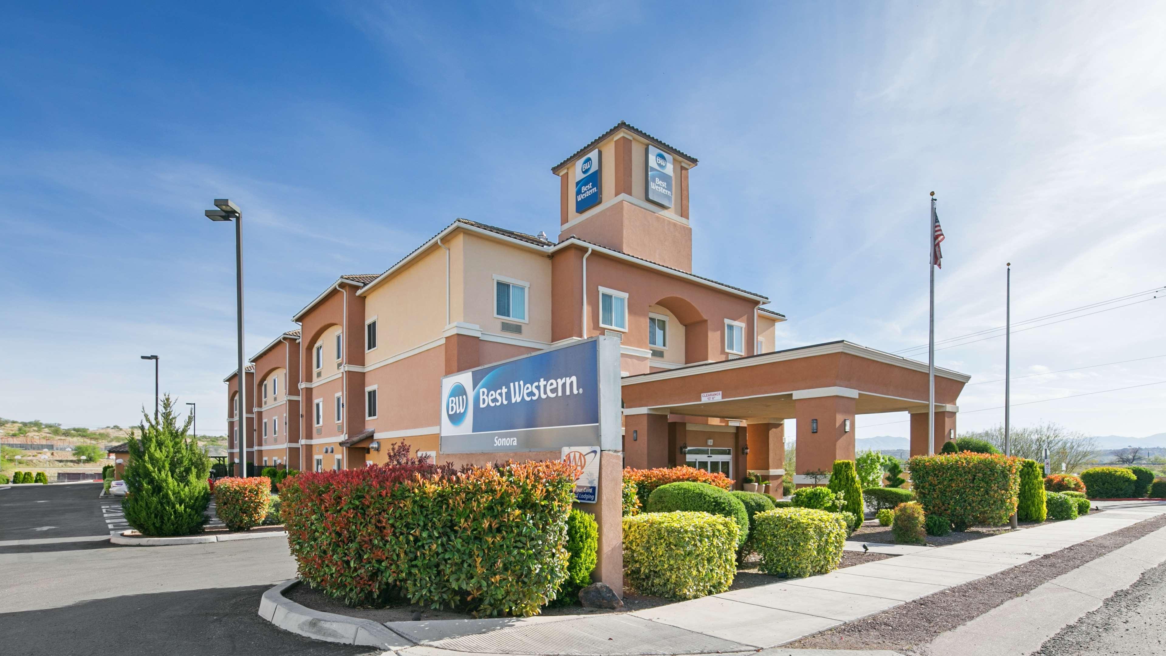 Best Western Sonora Inn & Suites image 0