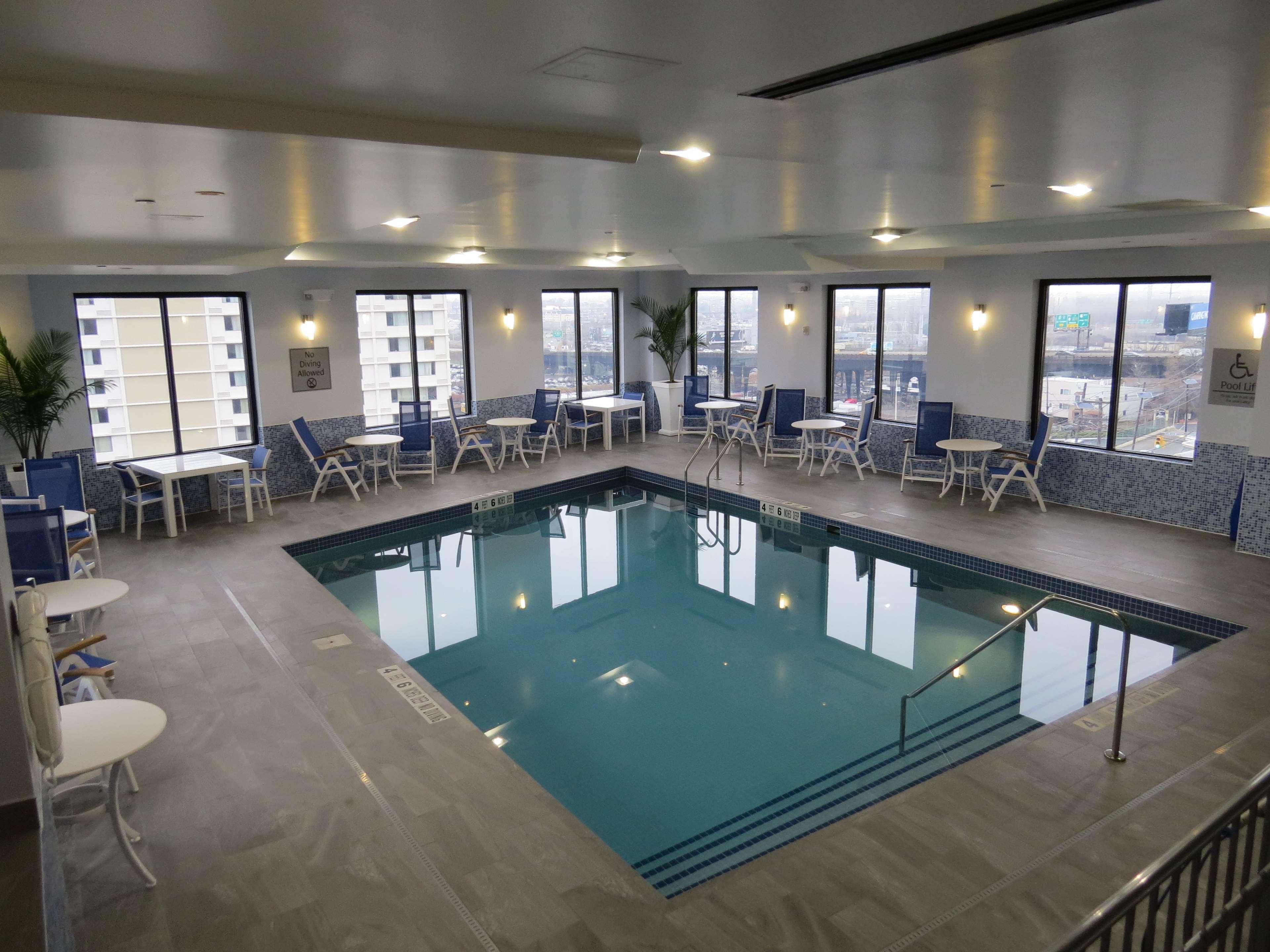 Best Western Premier NYC Gateway Hotel image 5