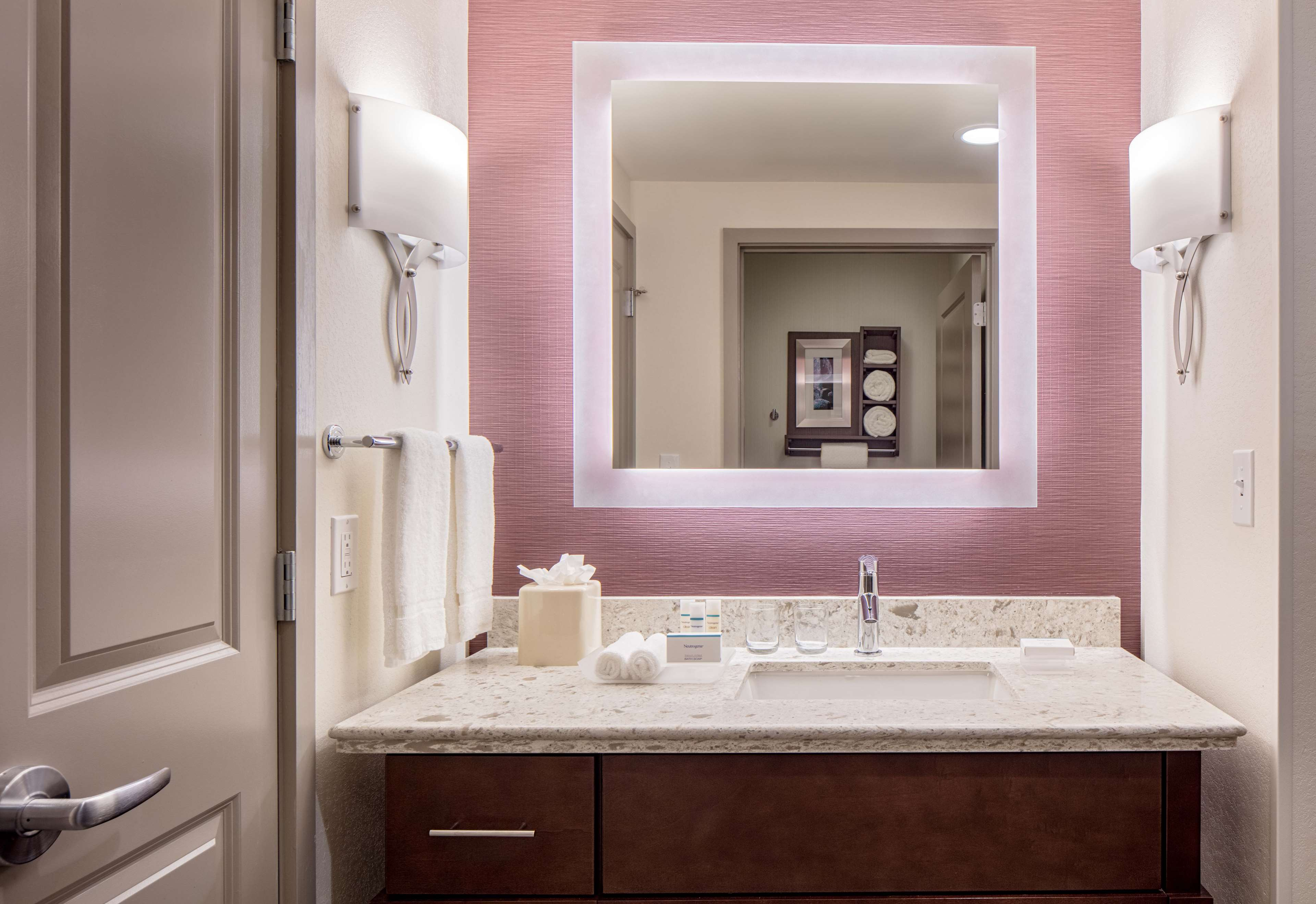 Homewood Suites by Hilton New Orleans French Quarter image 46