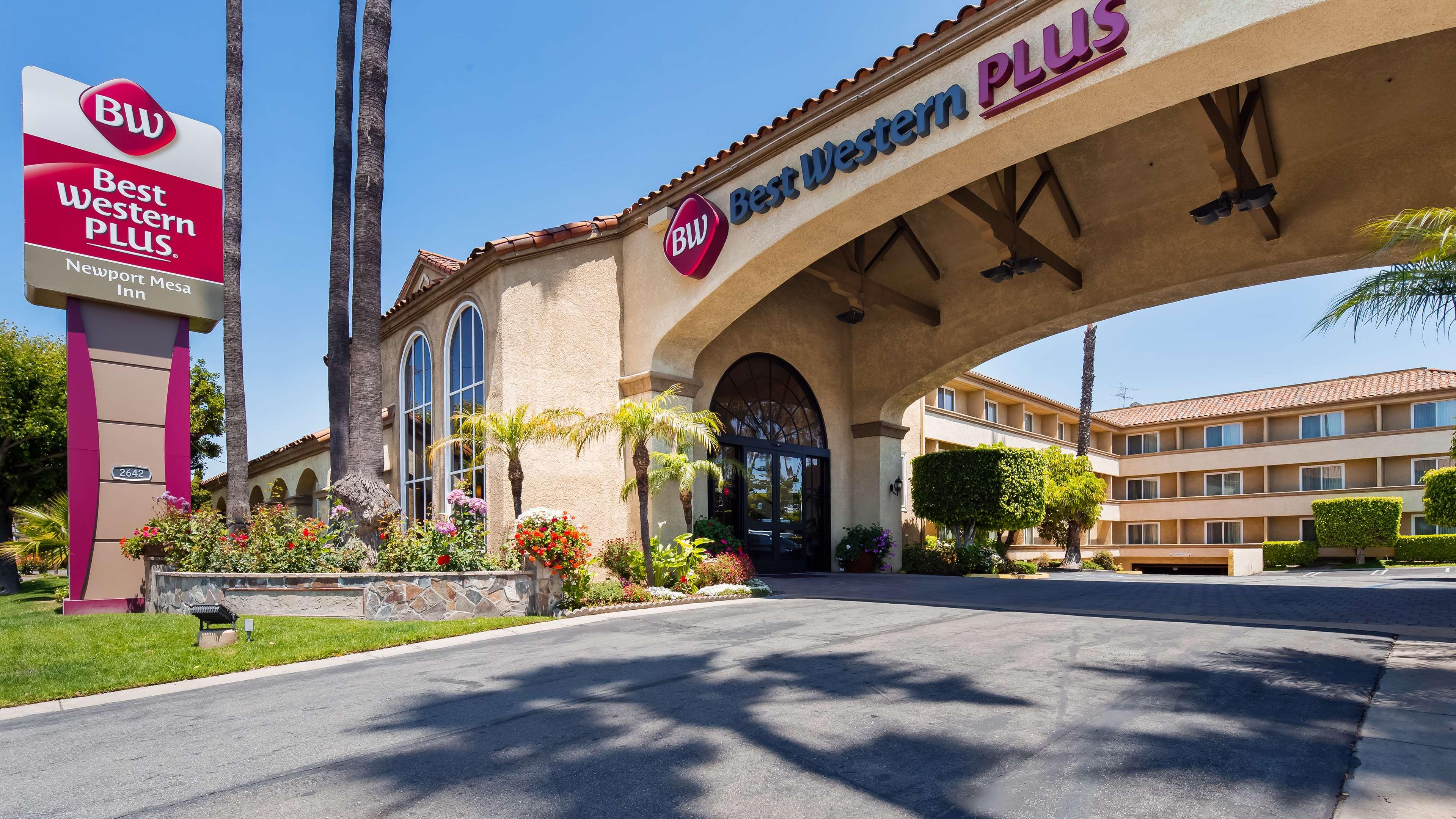 Best Western Plus Newport Mesa Inn image 1