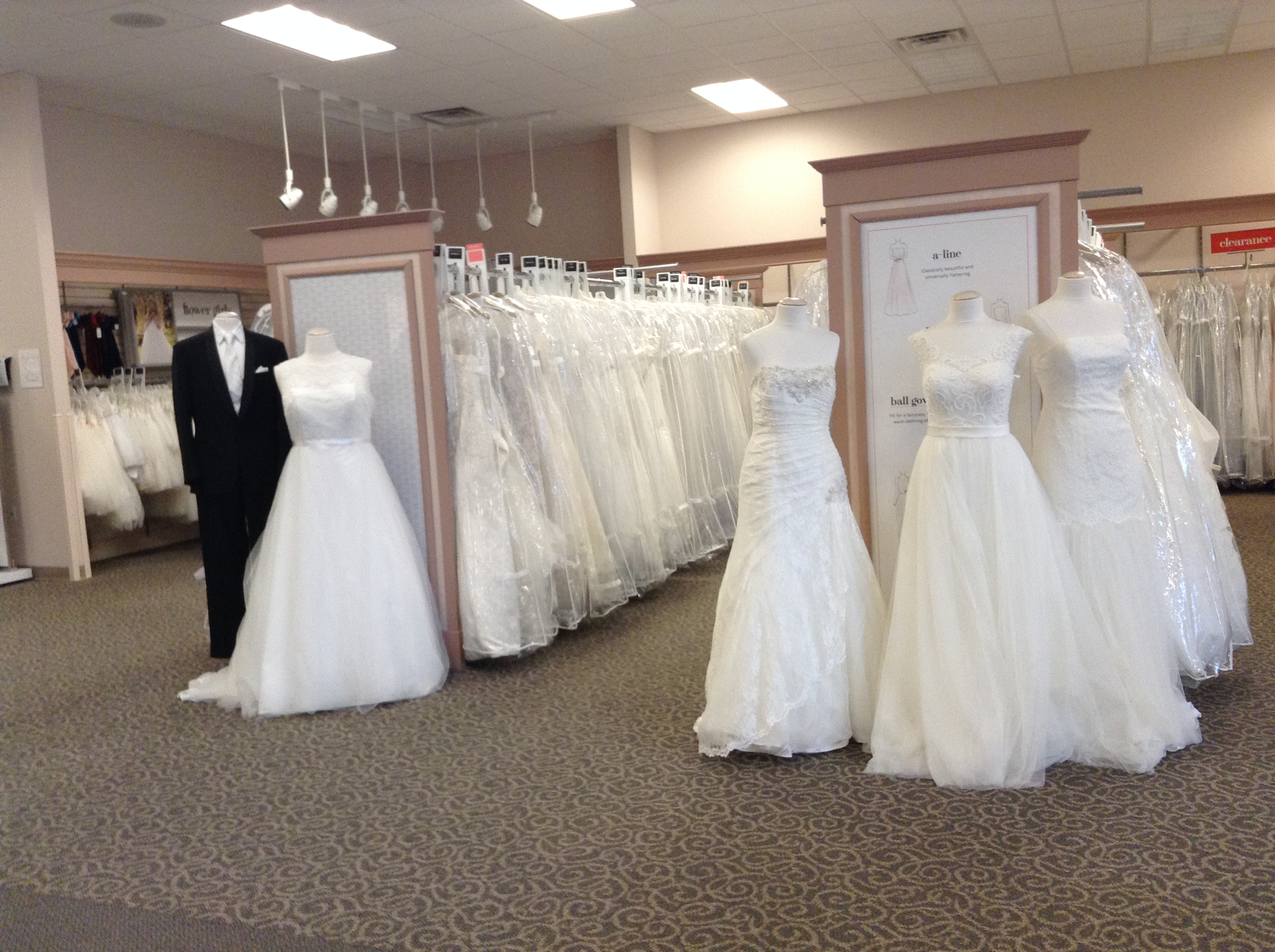David's Bridal - Closing 12/9 image 1