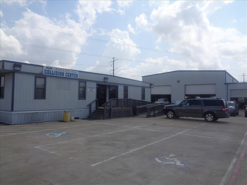 Access Ford Collision Center image 0