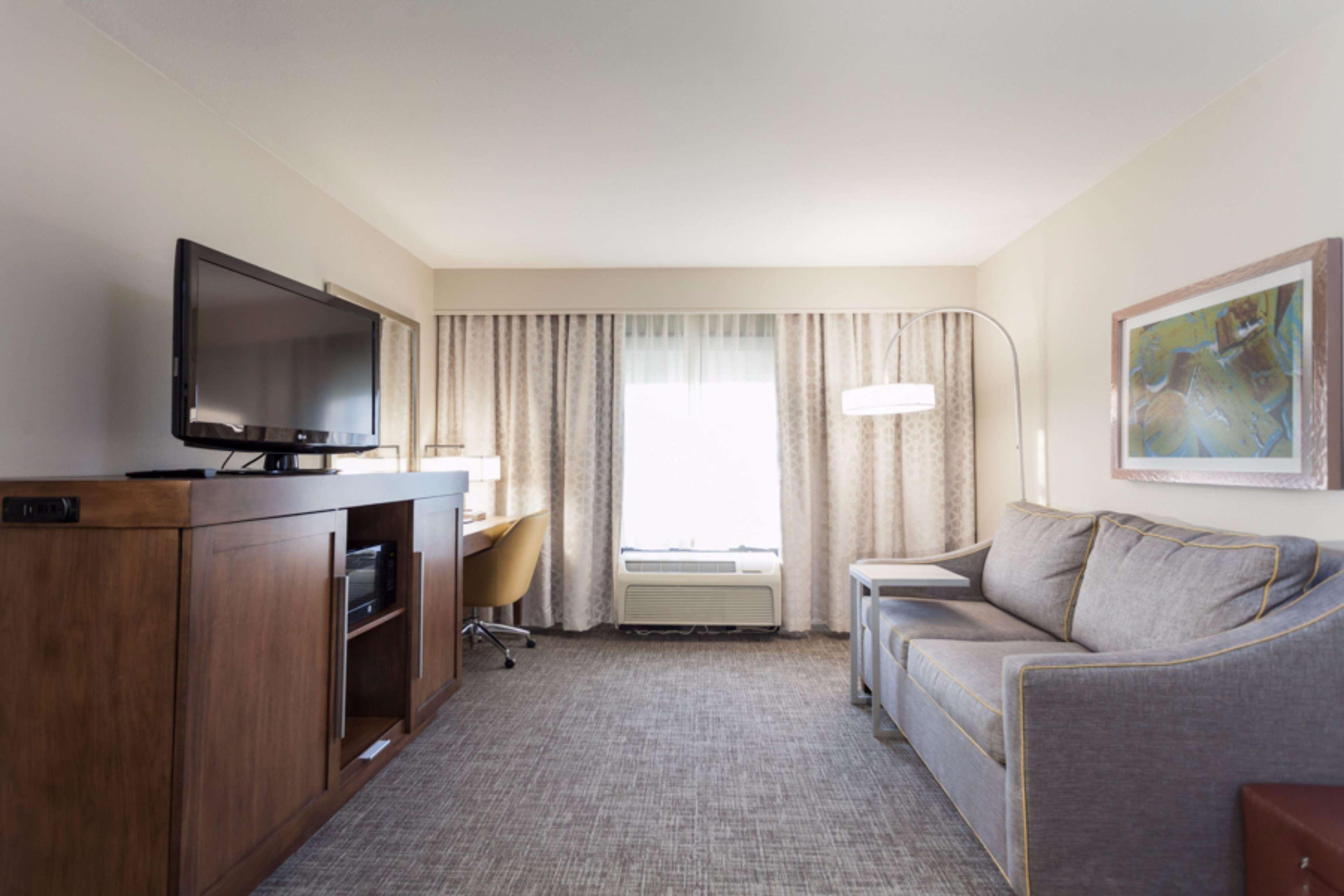 Hampton Inn & Suites Dallas-DFW Airport North-Grapevine in Grapevine, TX, photo #17