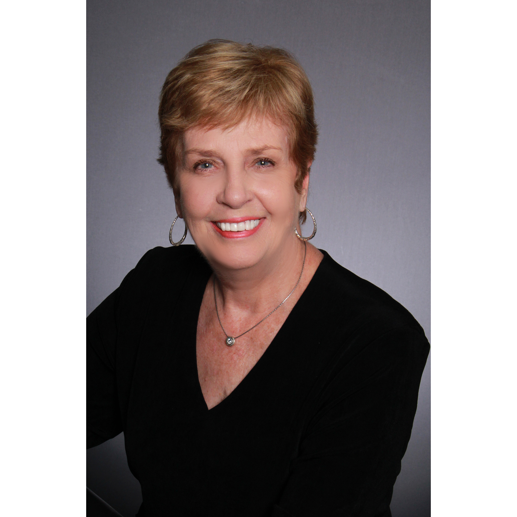 Betty Davis, ABR, CRS, GRI, ePRO / Century 21 Champion Real Estate - Jacksonville, NC 28546 - (910)340-1822 | ShowMeLocal.com