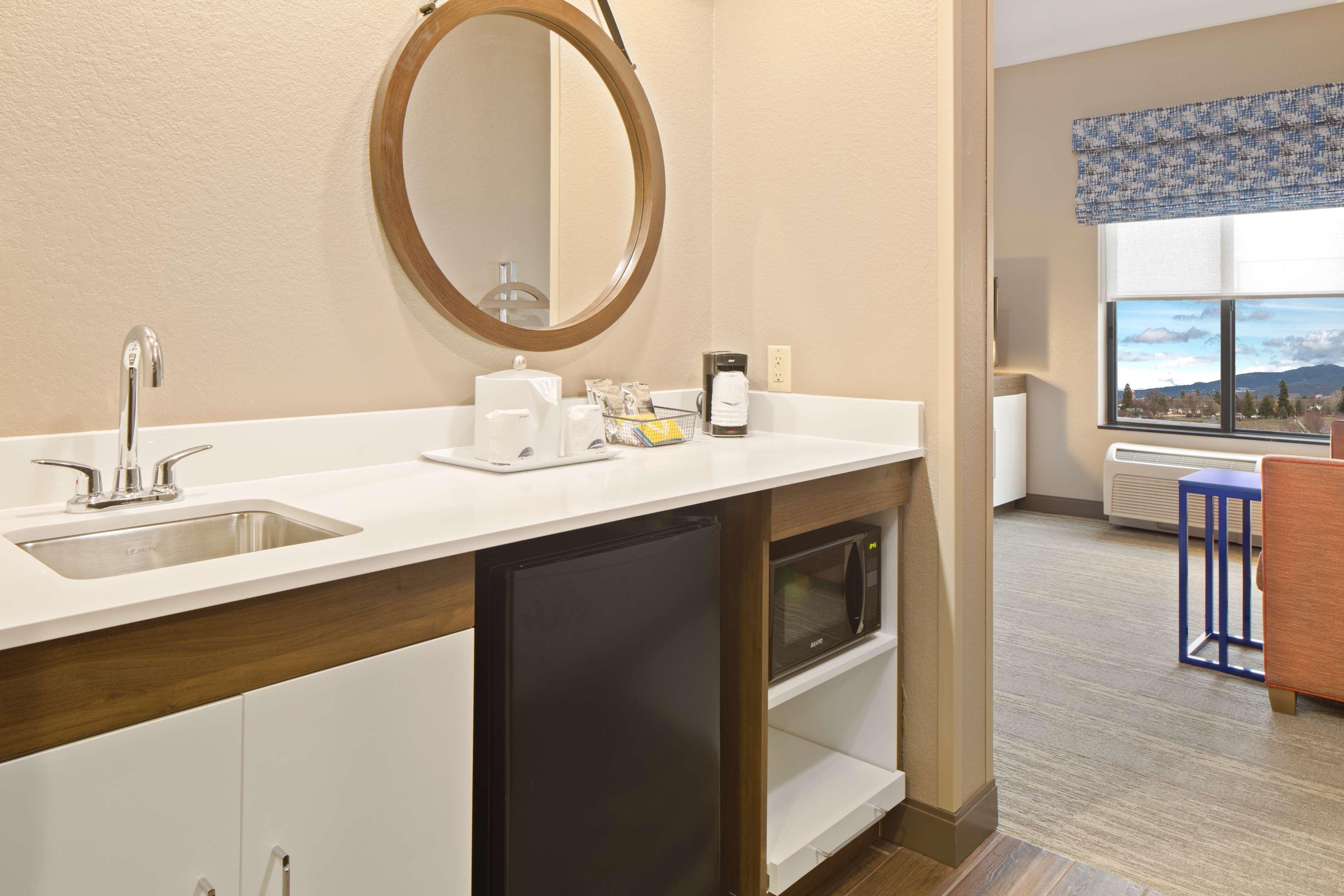 Hampton Inn & Suites Spokane Valley image 32