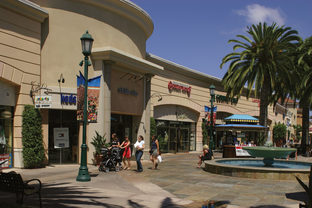 Carlsbad Premium Outlets image 12
