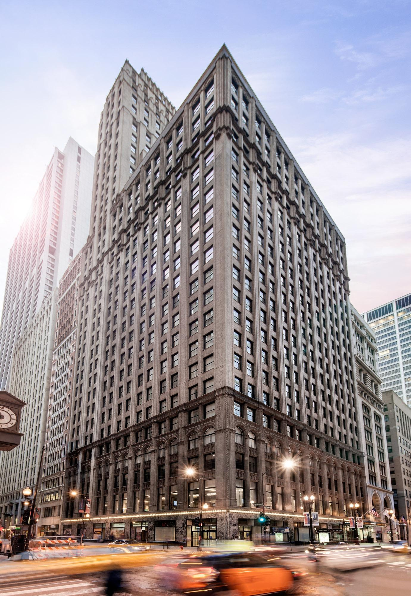 Residence inn by marriott chicago downtown loop at 11 for Inns in chicago