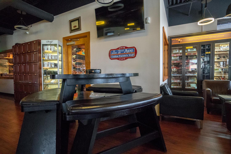 Karma Cigar Bar image 12