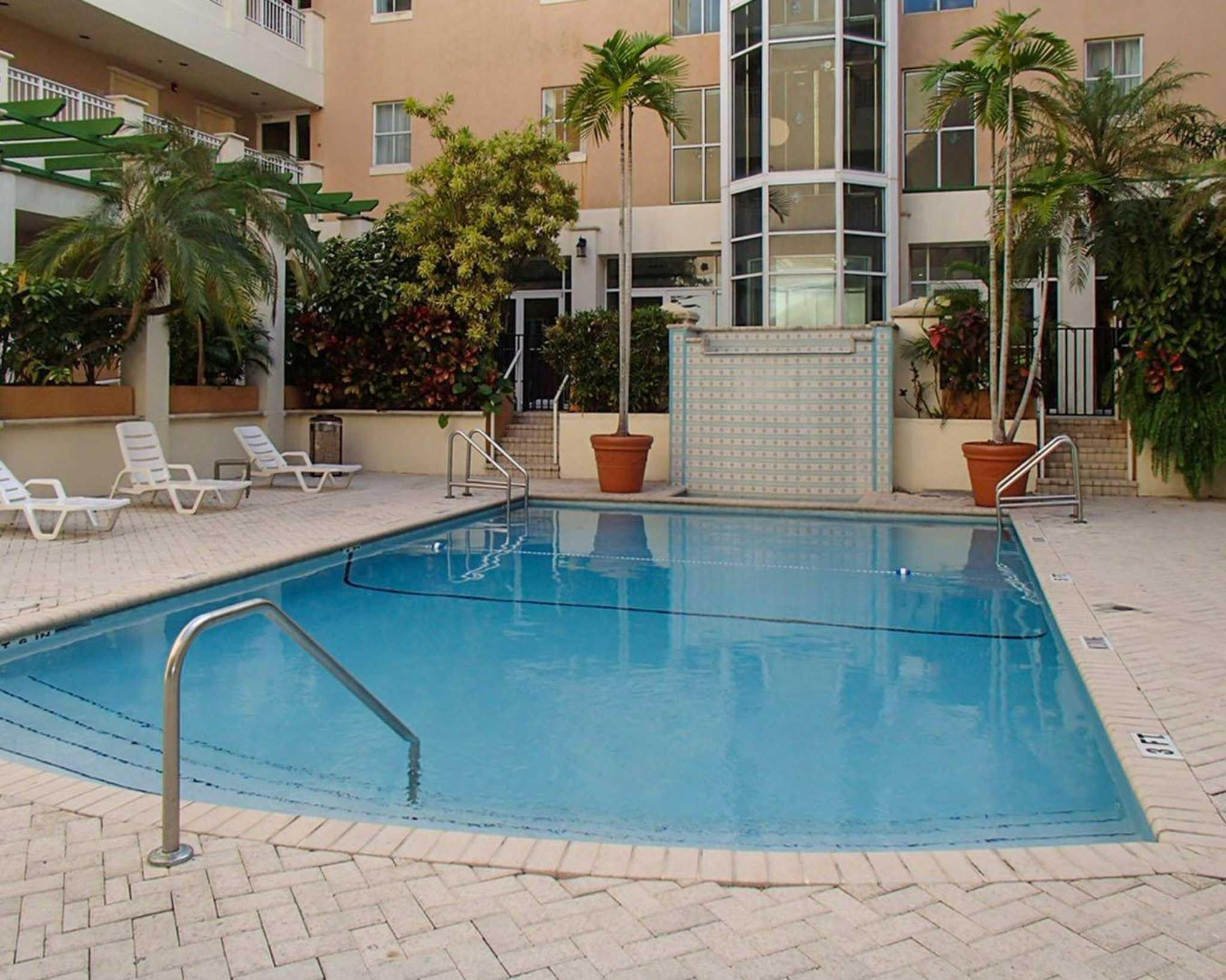Rodeway Inn South Miami - Coral Gables image 9