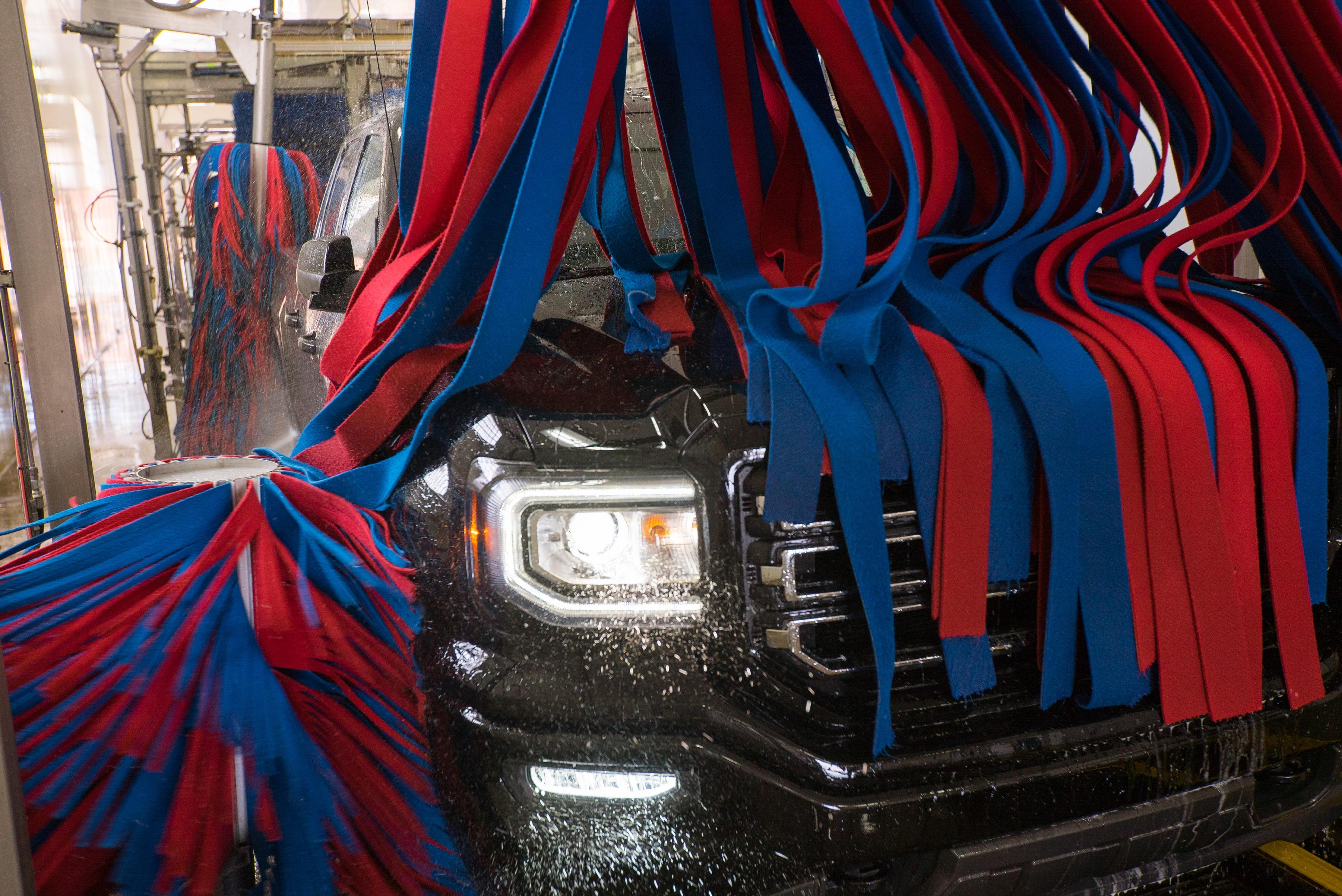 Tagg N Go Express Car Wash image 2