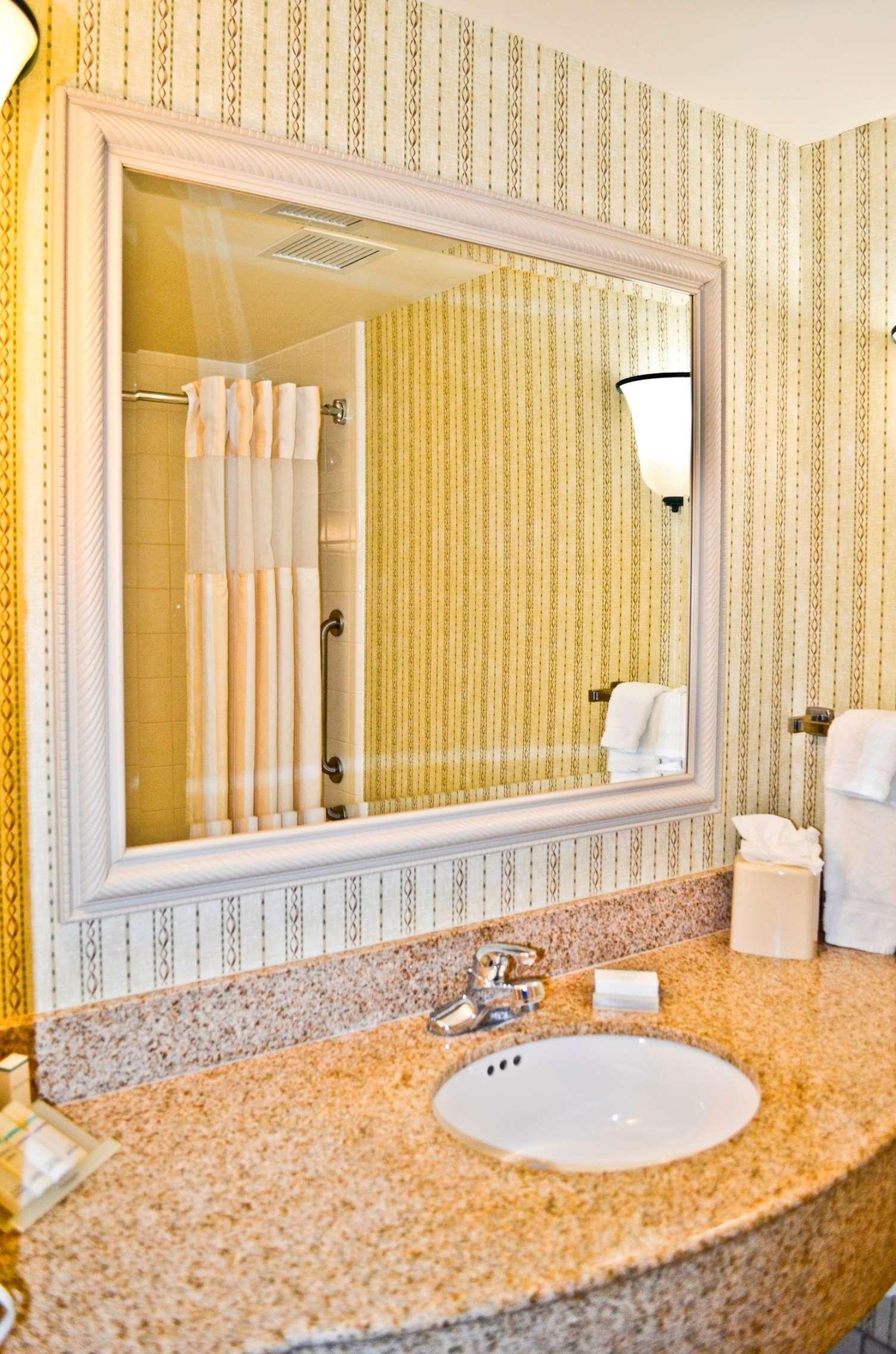 Hilton Garden Inn Cincinnati Northeast image 13