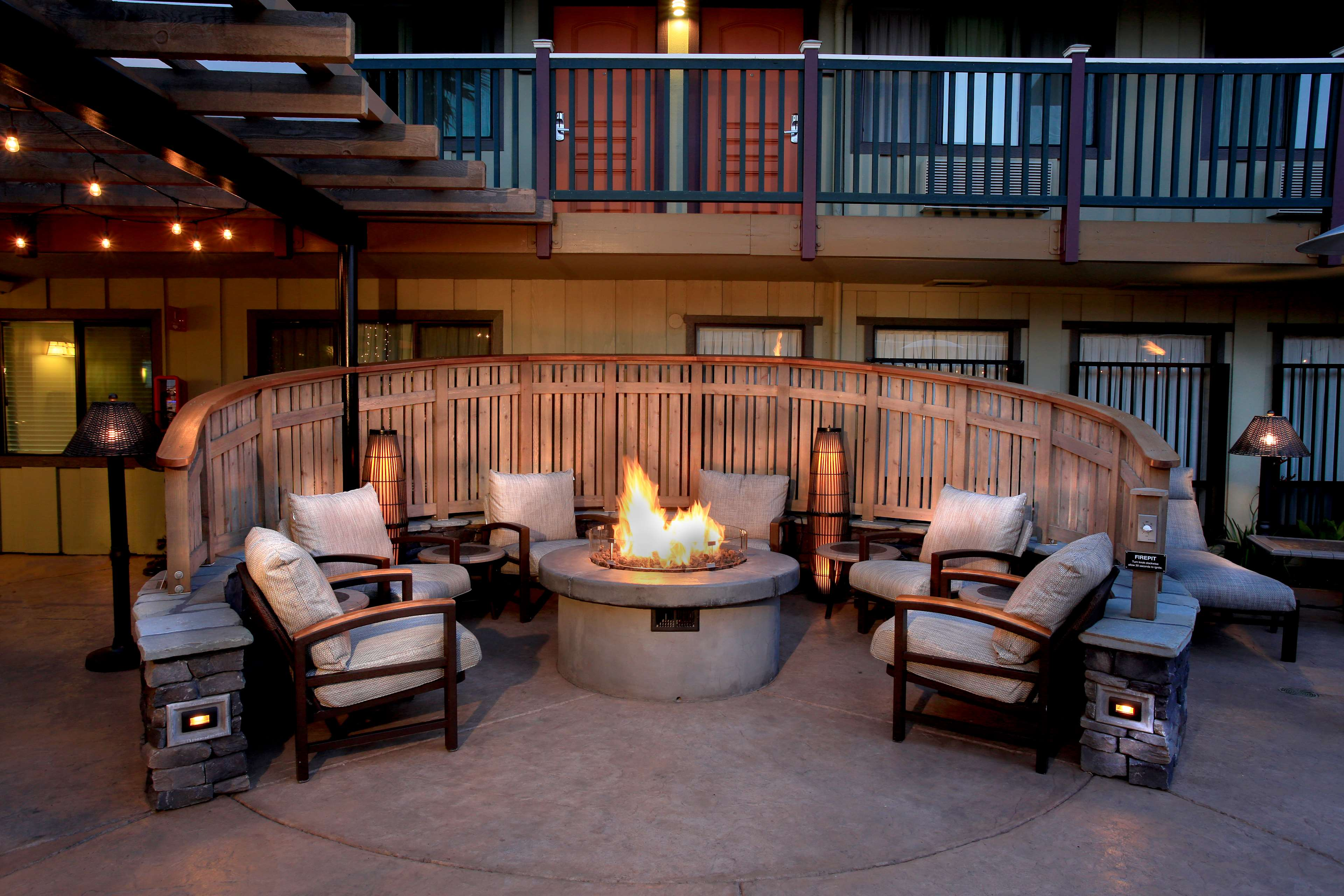 Best Western Plus Humboldt Bay Inn image 5